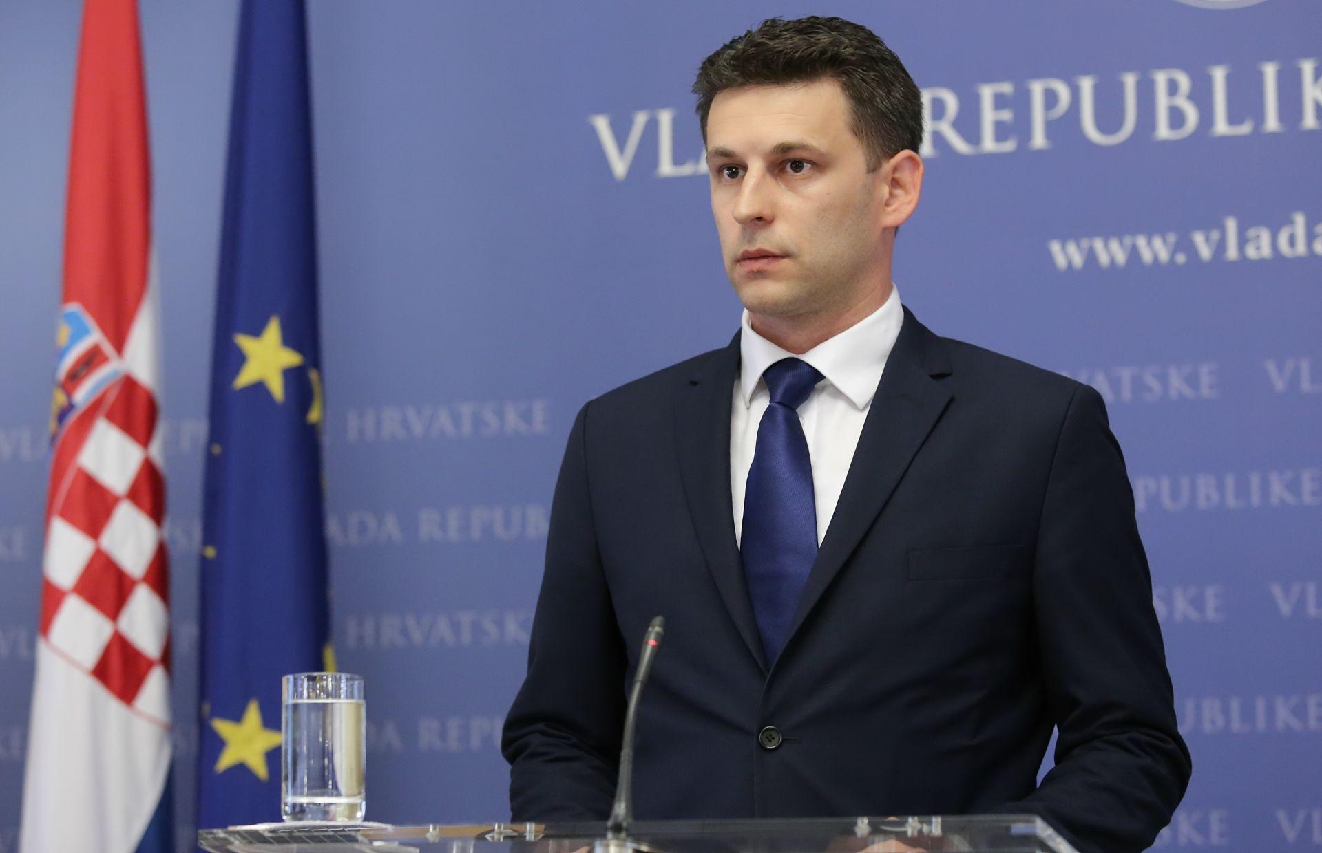 BOŽO PETROV: 'Bonus direktoru Hrvatskih šuma je sramotan'