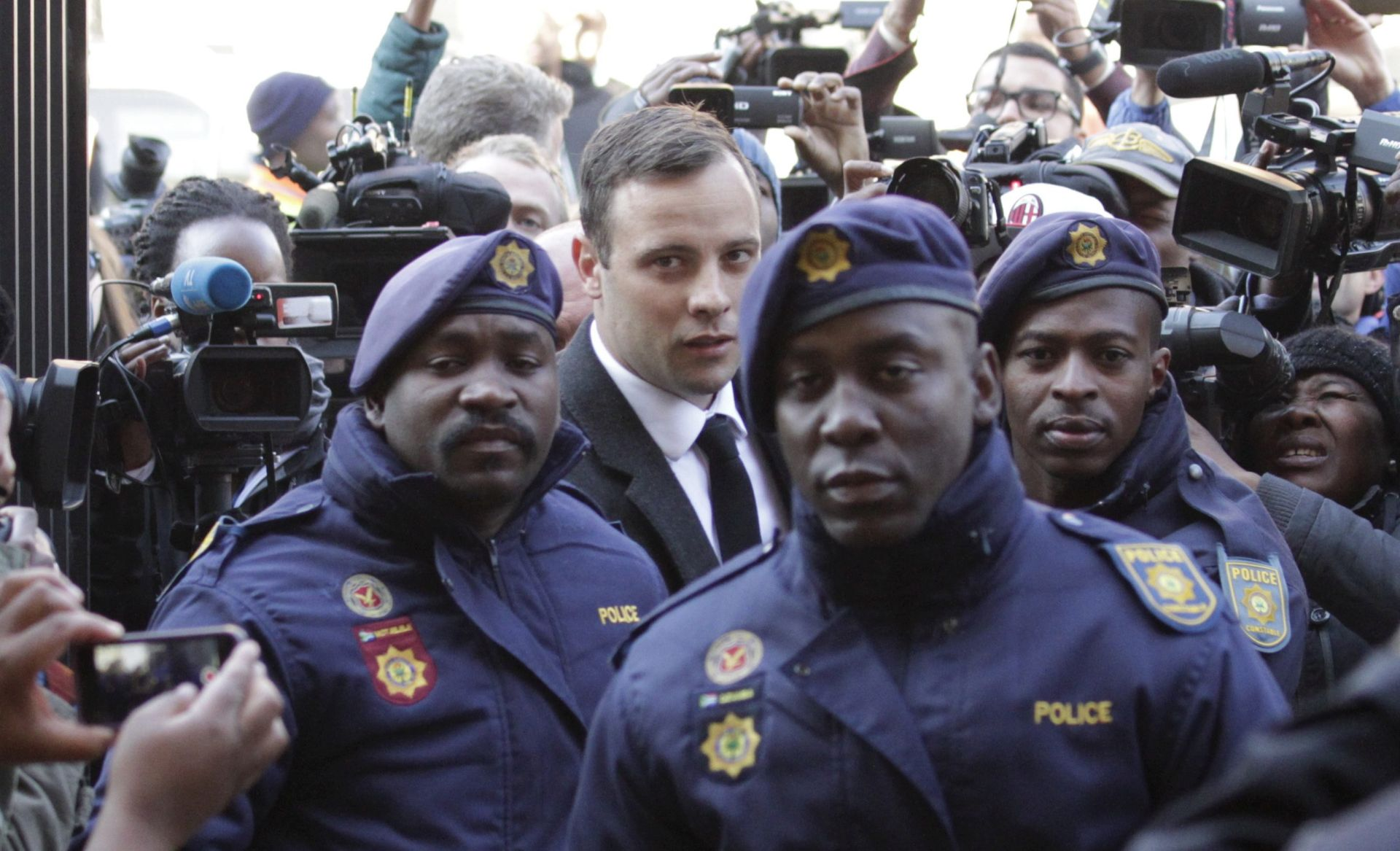 ZATVORSKA KAZNA: Oscar Pistorius dobio šest godina za ubojstvo svoje djevojke