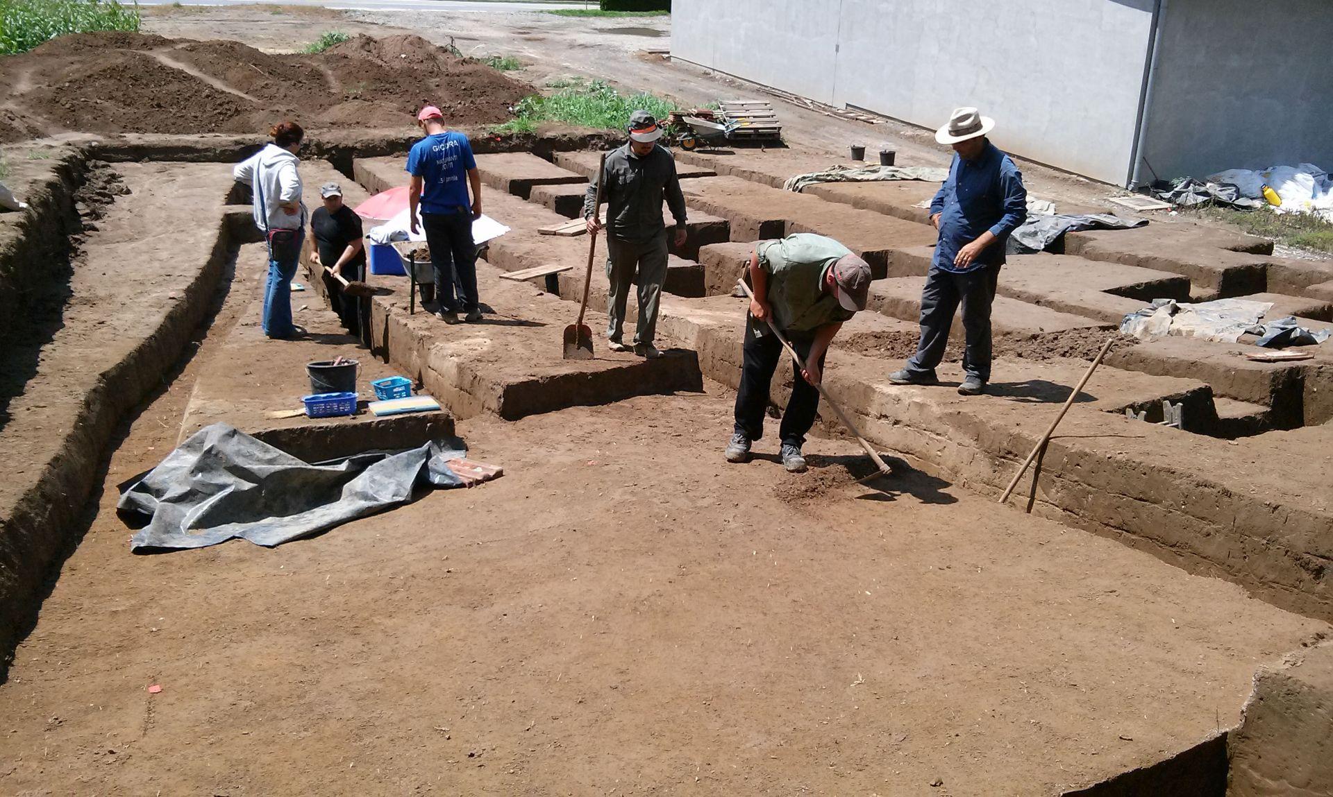 ARHEOLOGIJA: U Šarengradu otkriveno avarsko groblje iz 8. stoljeća