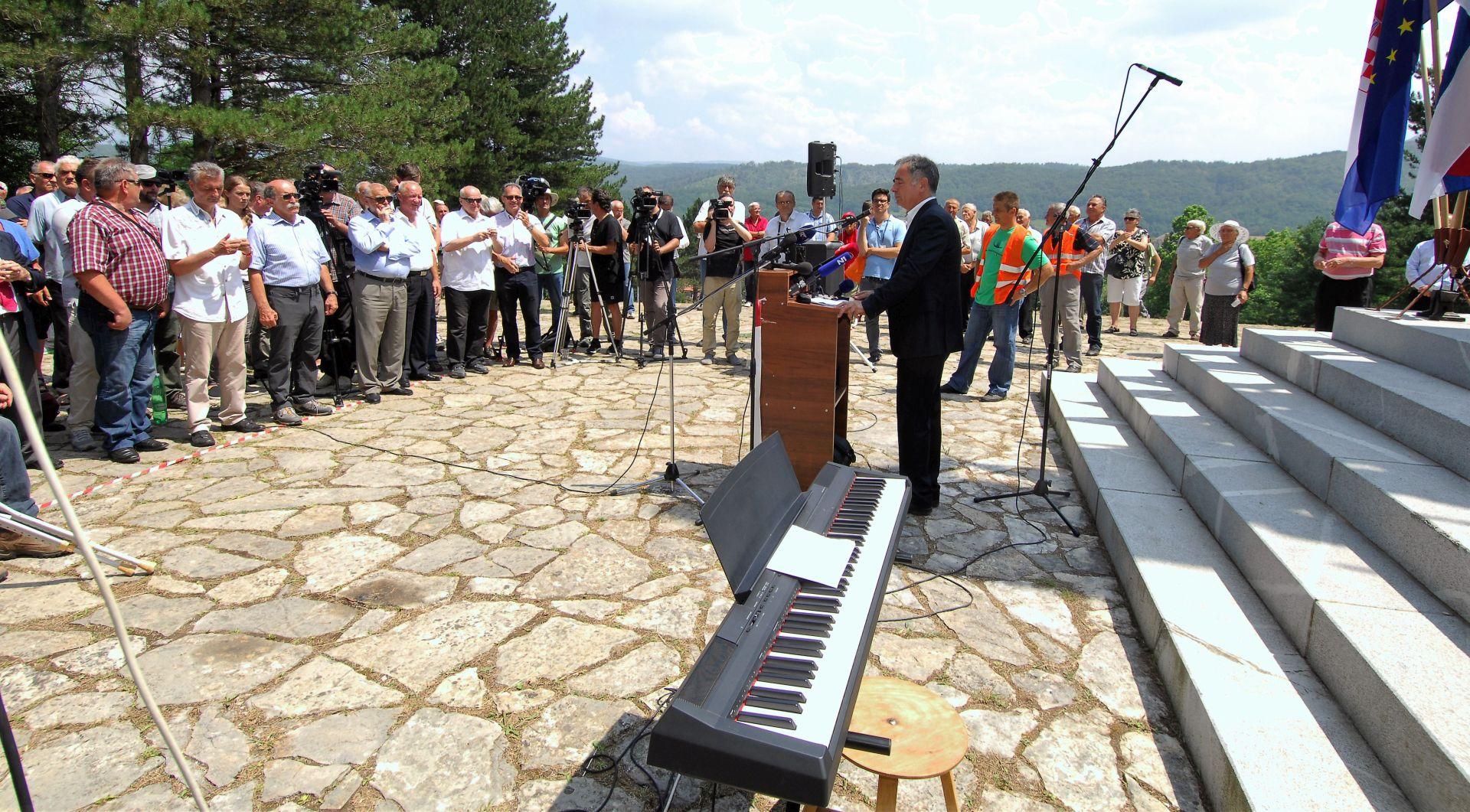 DSS: Težak položaj srpske zajednice u Srbu trži se zbog pojedinaca