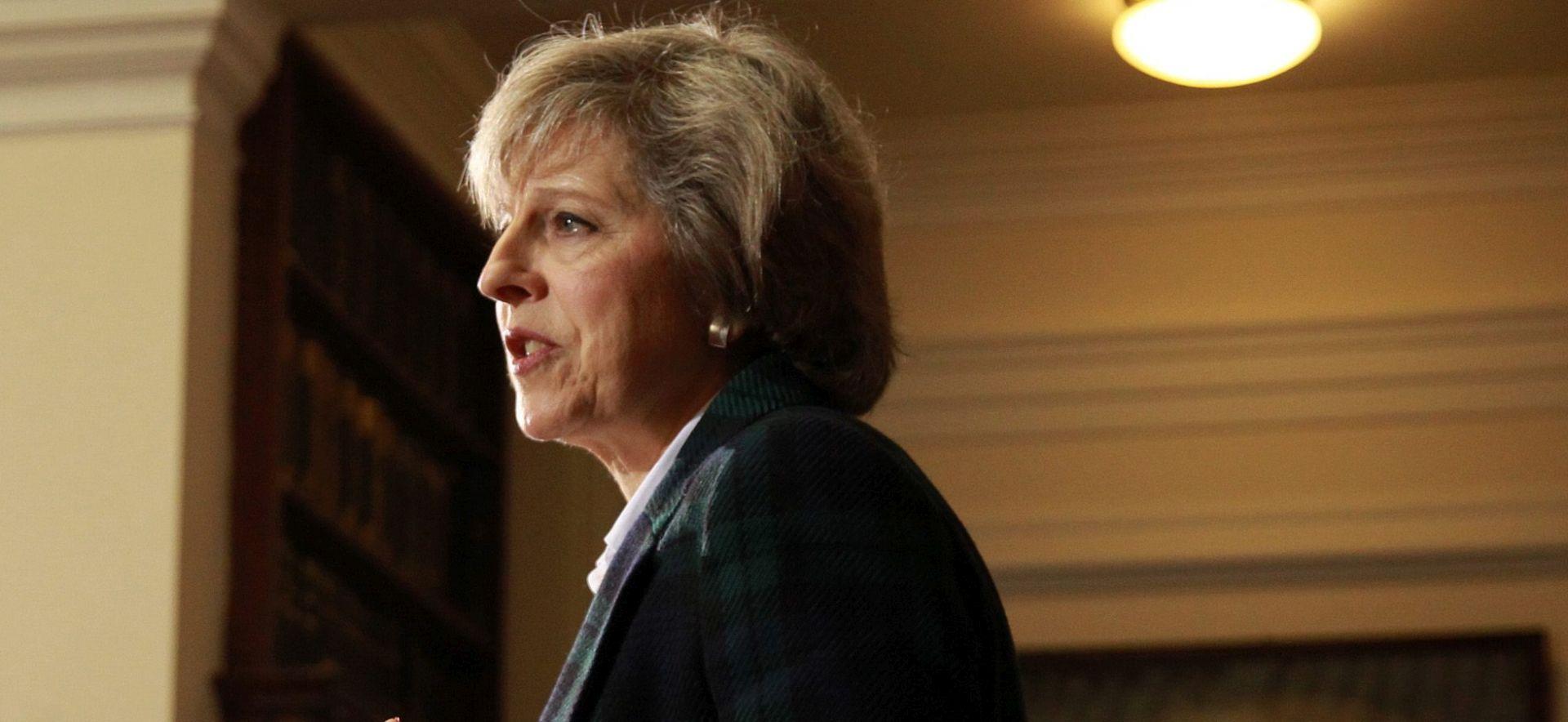 Theresa May optužuje Rusiju za agresiju na Europu