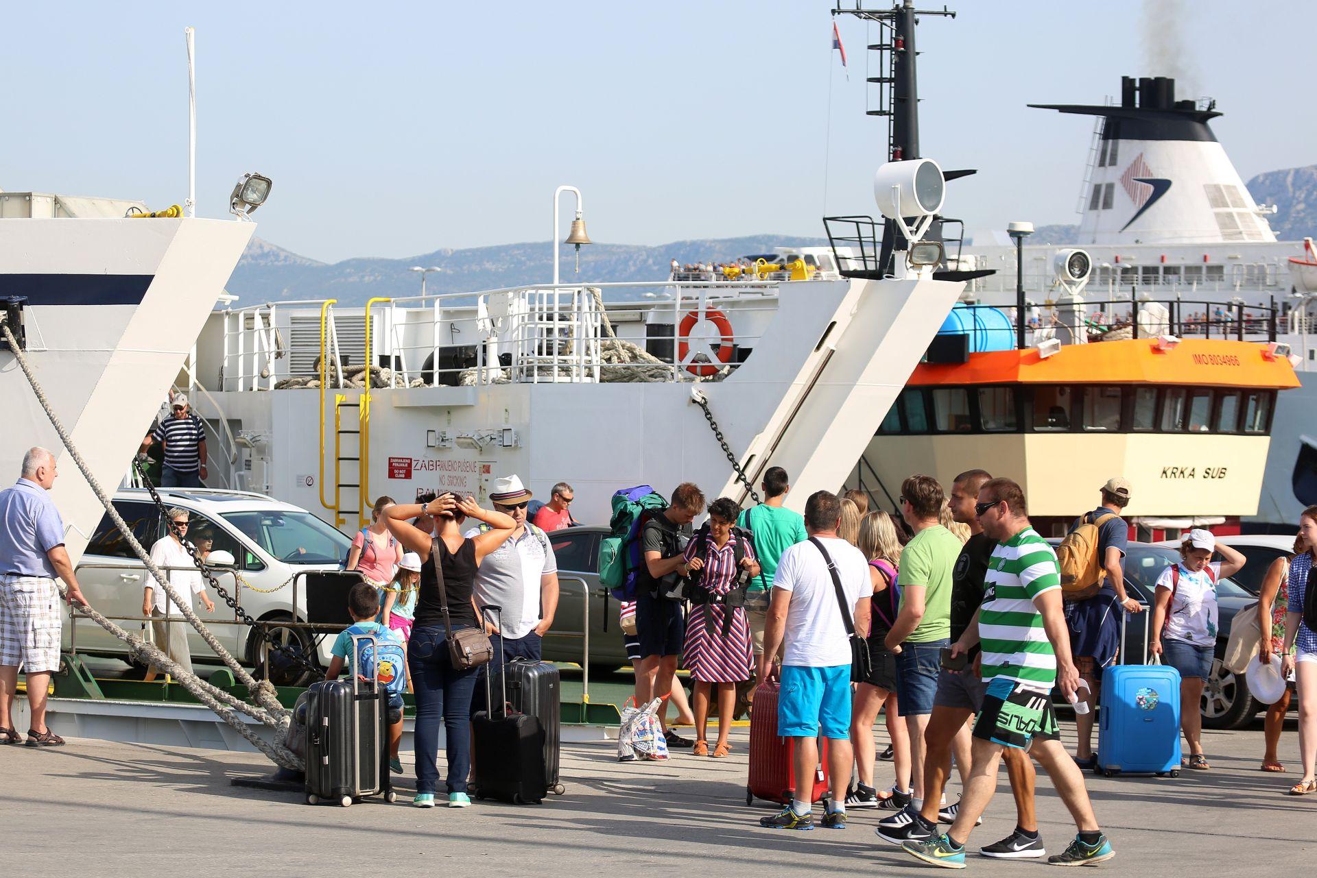 VRHUNAC SEZONE: Ovog vikenda u Split i okolicu stiže 96 tisuća putnika