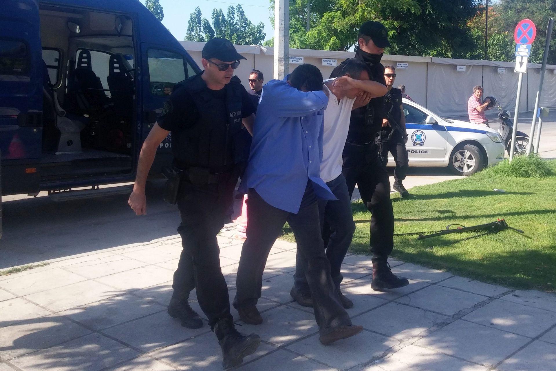 NEUSPJELI VOJNI UDAR: U Turskoj više od 6000 uhićenih