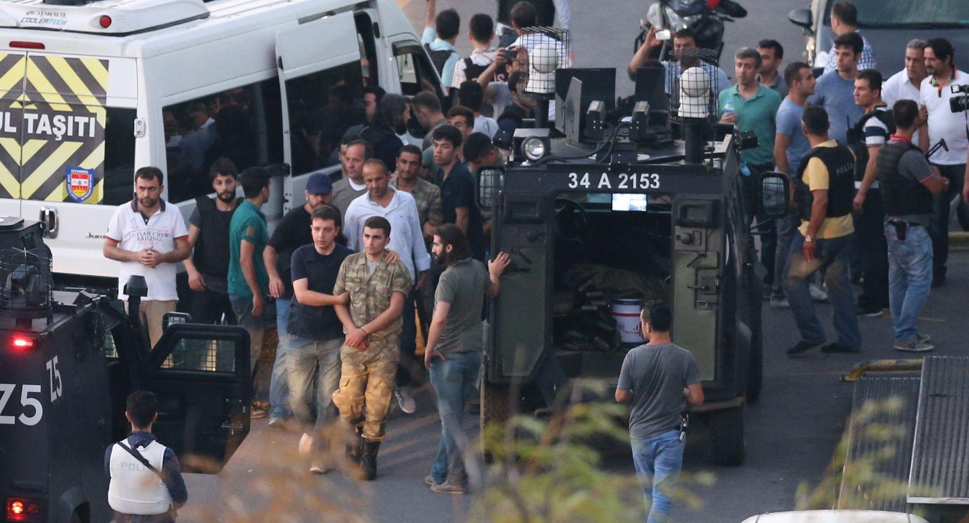 SPRIJEČEN VOJNI UDAR: U Turskoj 265 mrtvih, tisuće uhićenih