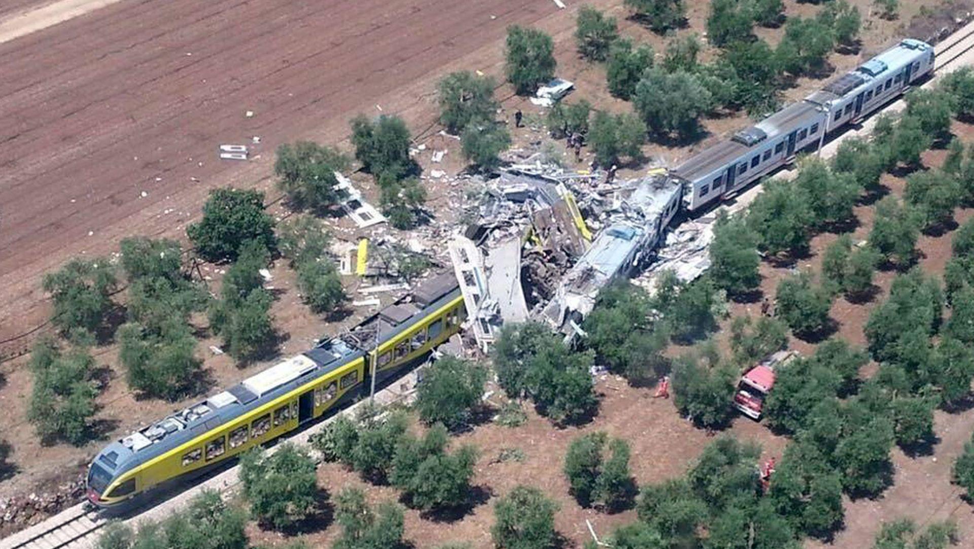 ŽELJEZNIČKA NESREĆA U ITALIJI: 20 mrtvih u sudaru vlakova blizu Barija, deseci ozlijeđenih