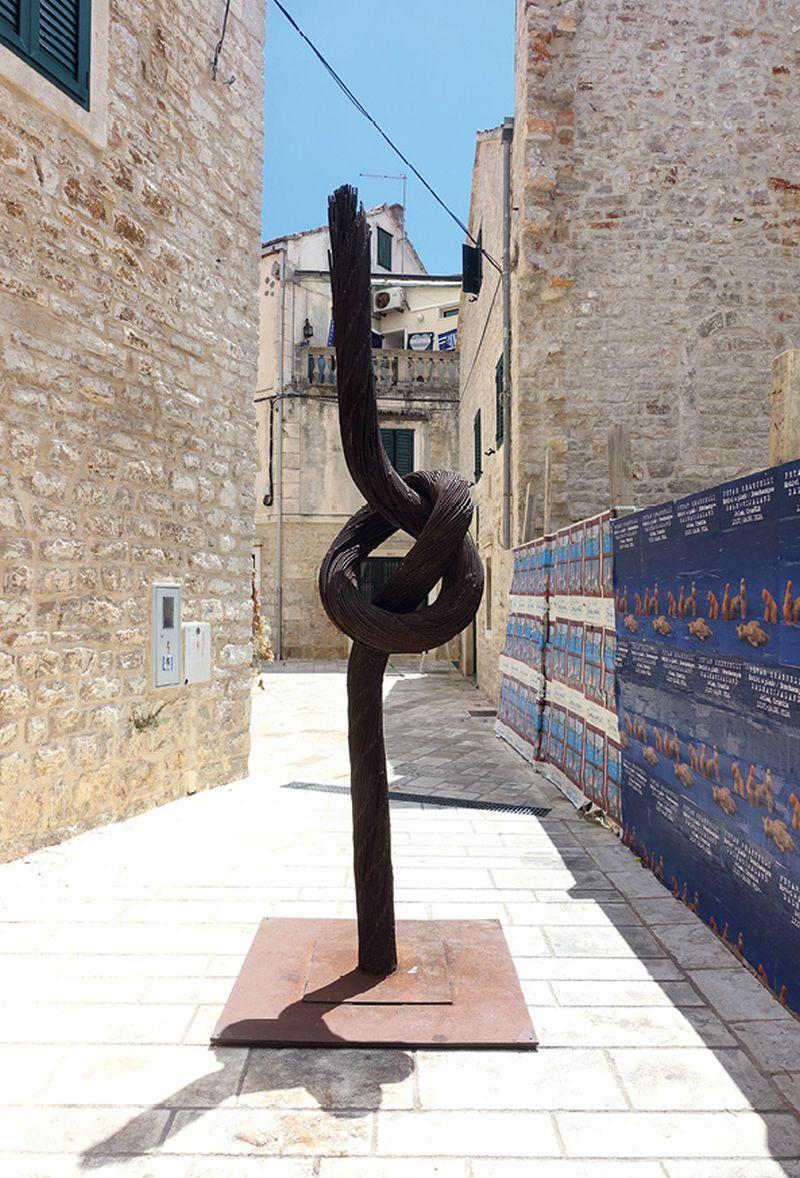 Hvarska izložba majstora nove skulpture