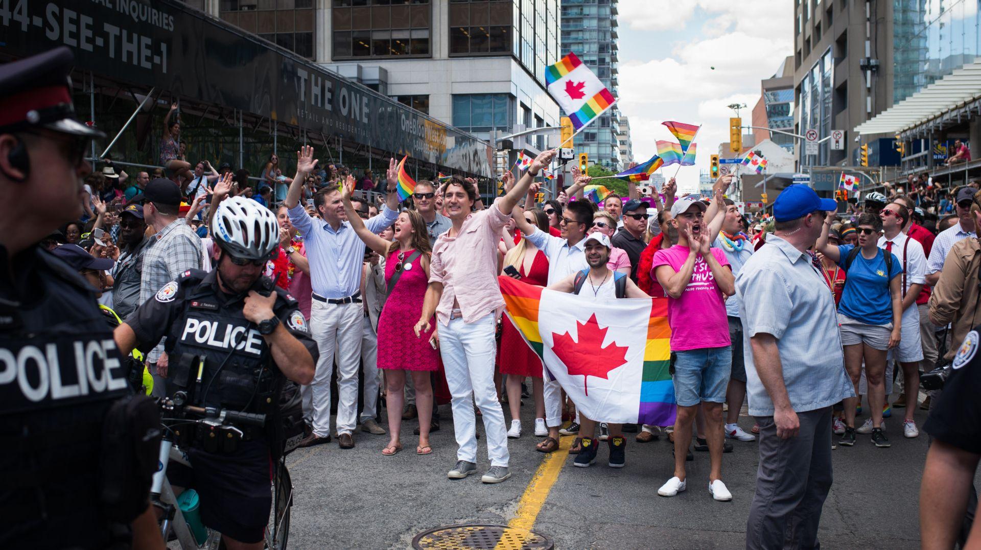 KANADA Premijer Trudeau na Prideu, stigli ministri i predstavnici svih političkih stranaka