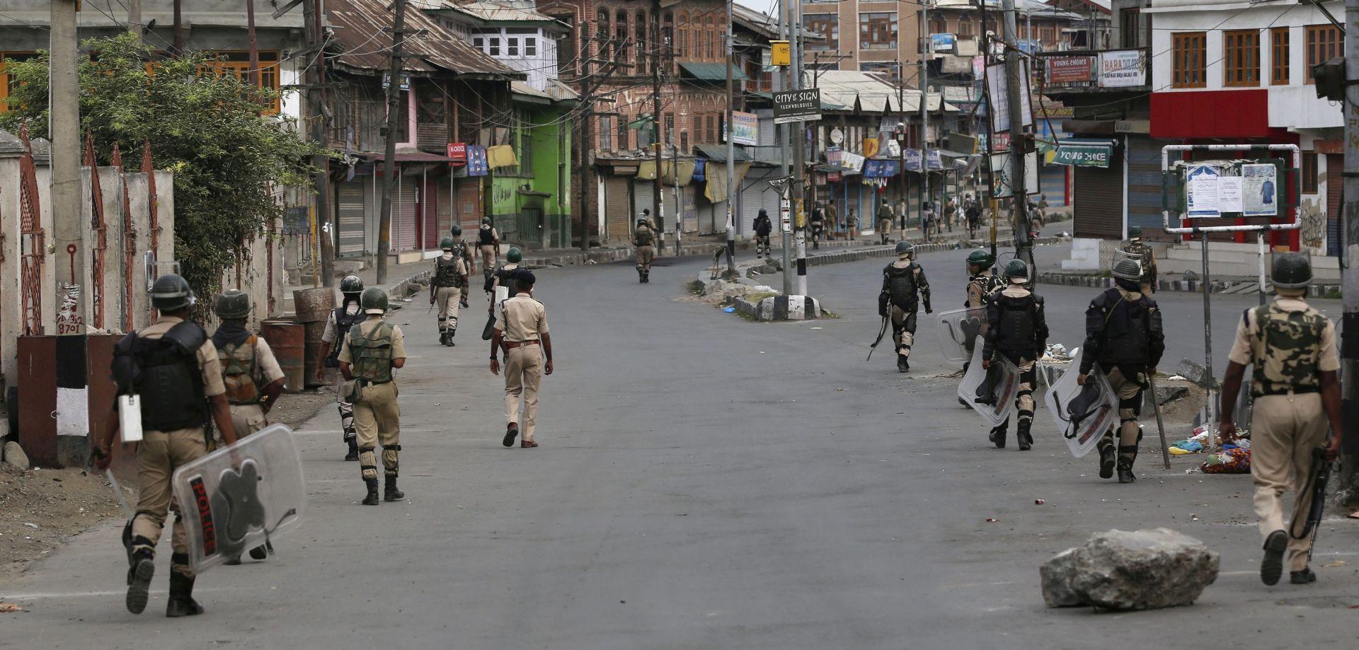 Napadači ubili 13 osoba na sajmu u sjeveroistočnoj Indiji