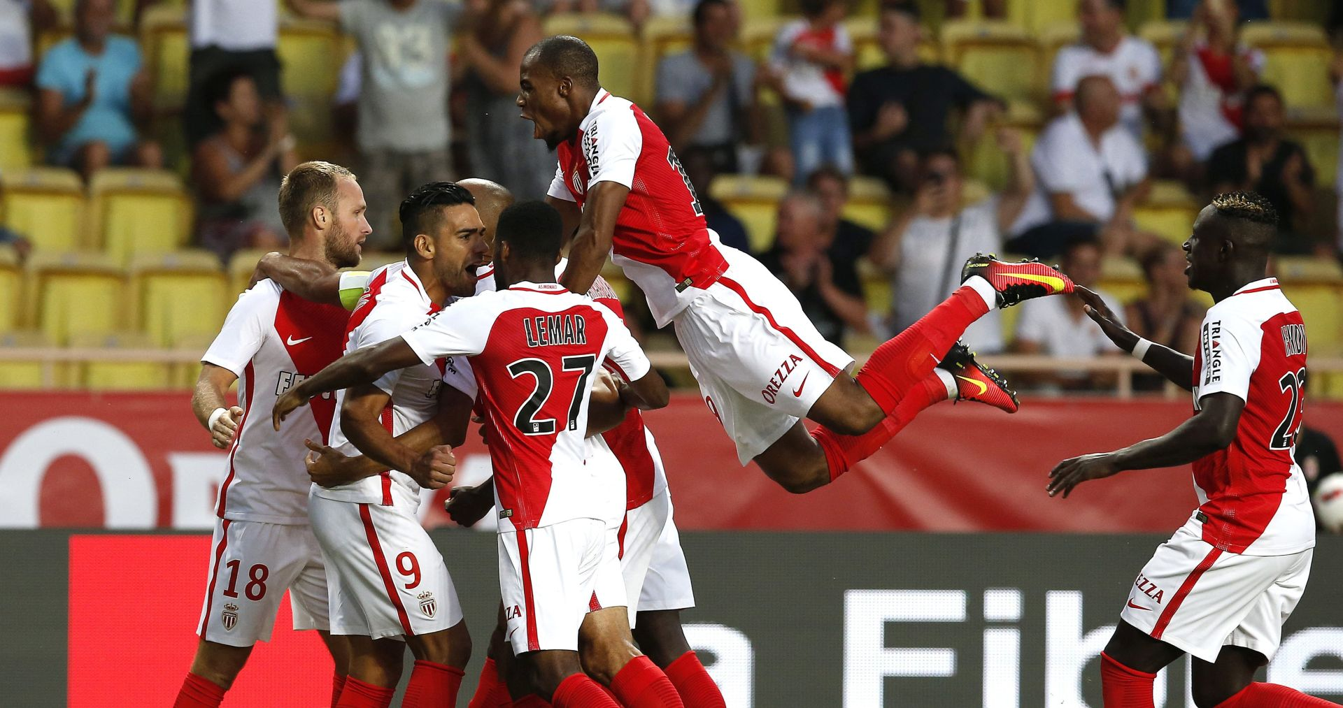 LOŠE PONAŠANJE: Braniču Monaca Mendyju pet utakmica kazne