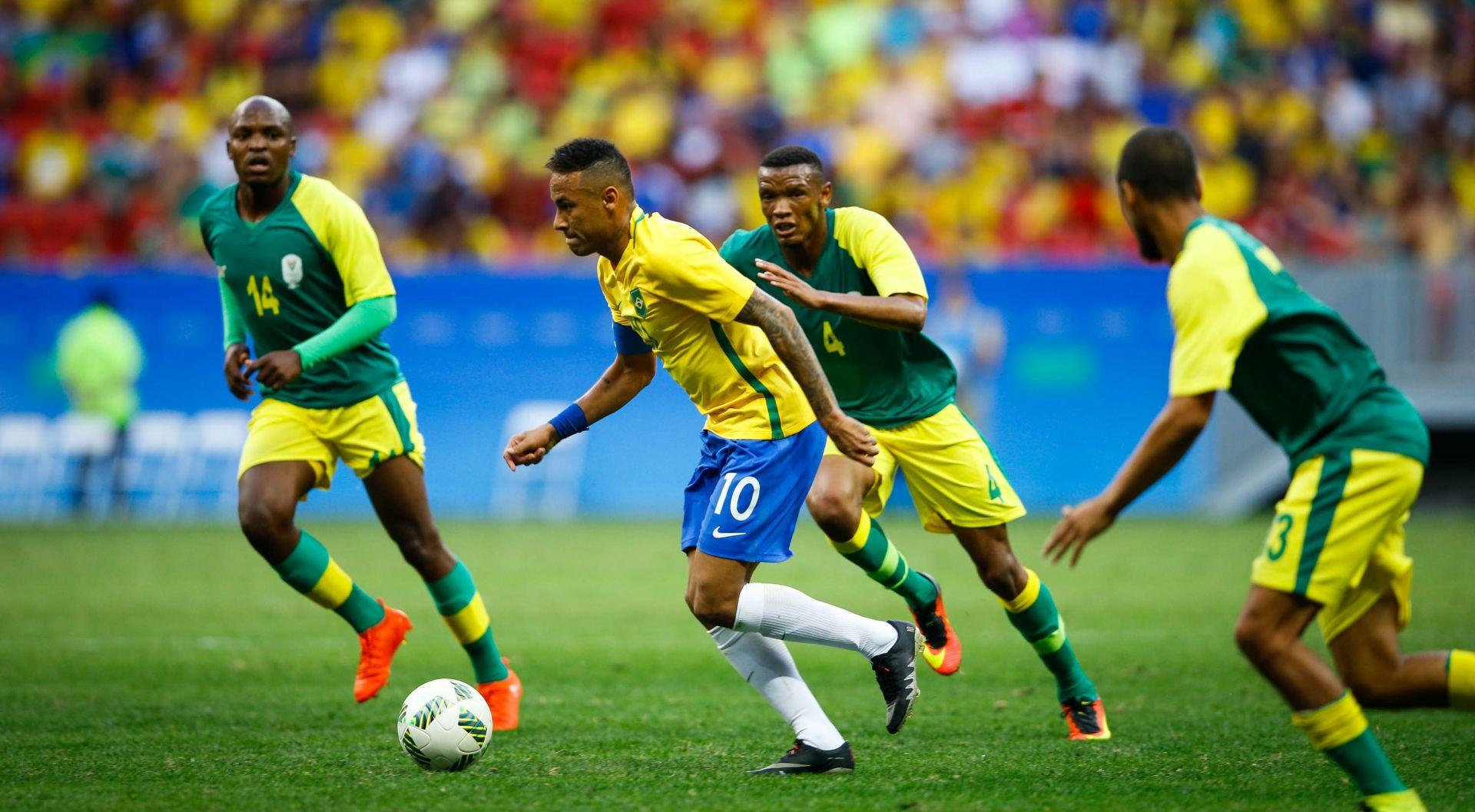 OI RIO Brazil se 'popiknuo' odmah na početku, domaći nogometaši ispraćeni zvižducima