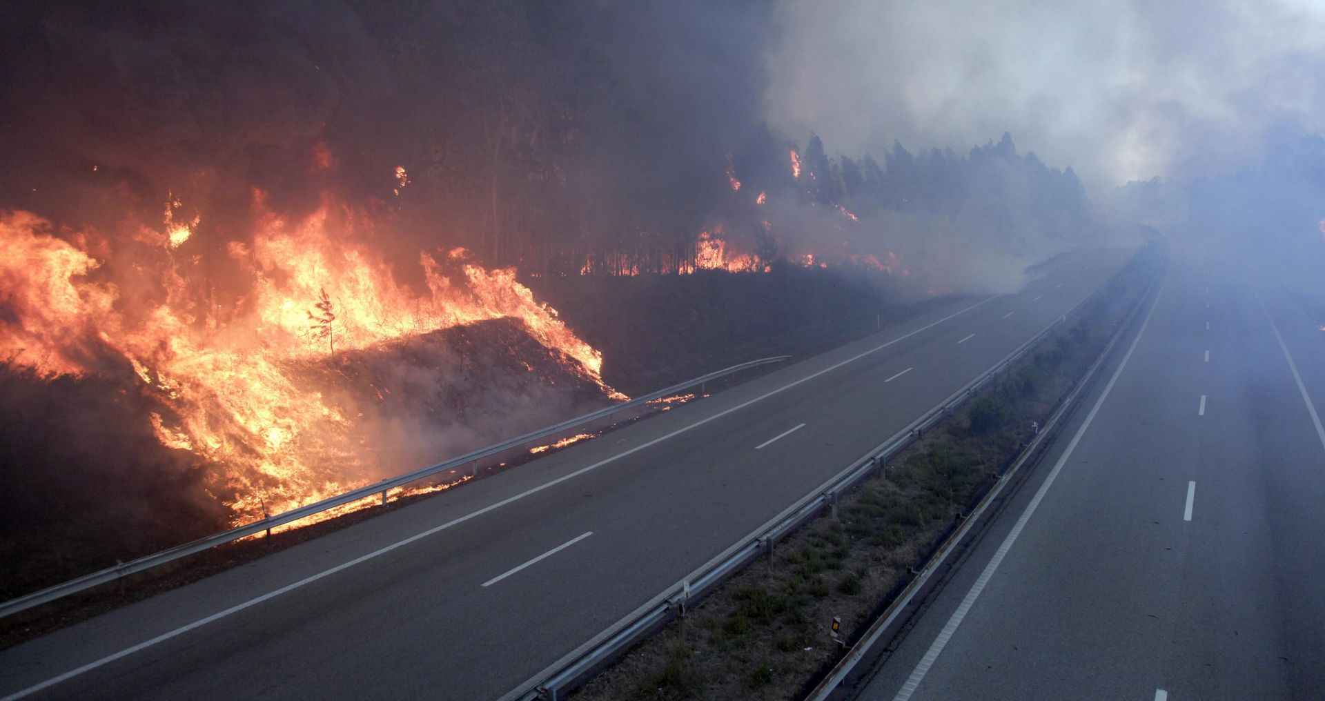 POŽARI U PORTUGALU Dodatne snage u borbi protiv vatrene stihije