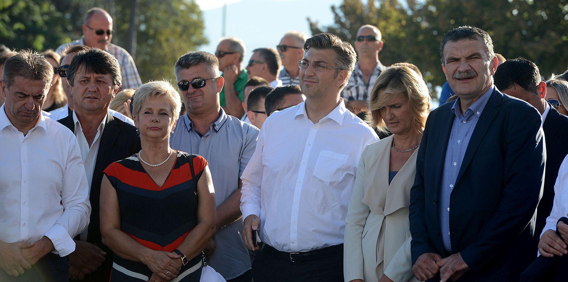 PLENKOVIĆ U ZADRU 'HDZ gleda na sva ideološka pitanja ali je usmjeren na gospodarski rast'