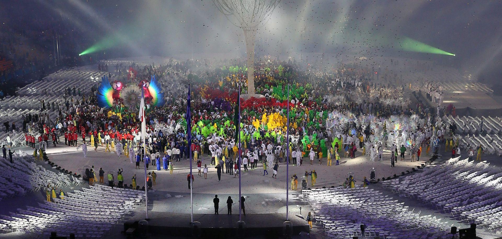 VIDEO: Zatvorene Olimpijske igre u Rio de Janeiru, hrvatsku zastavu nosili Sinkovići