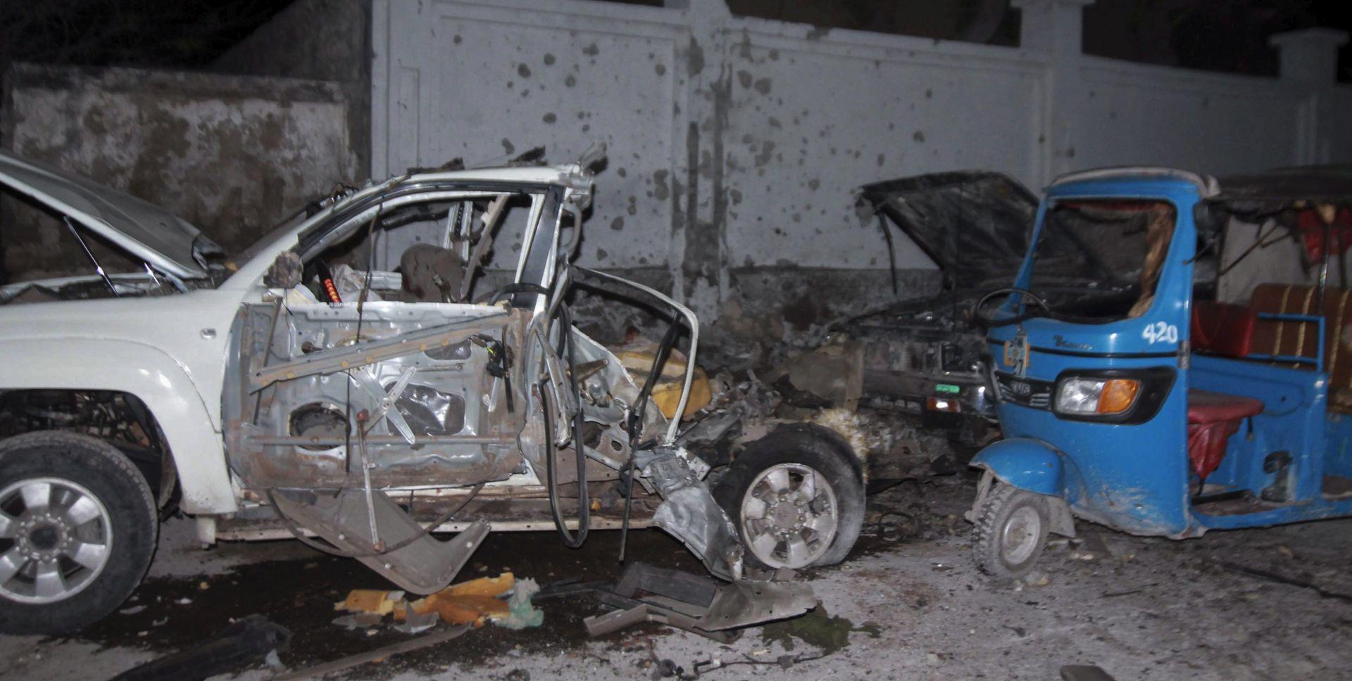 NAPAD NA RESTORAN NA PLAŽI Najmanje sedam poginulih u Mogadishuu, ubijena dva napadača