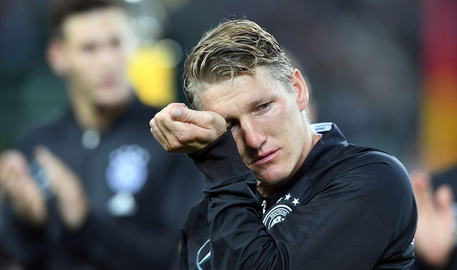 VIDEO: KAPETANOVE SUZE Bastian Schweinsteiger se oprostio od njemačke reprezentacije
