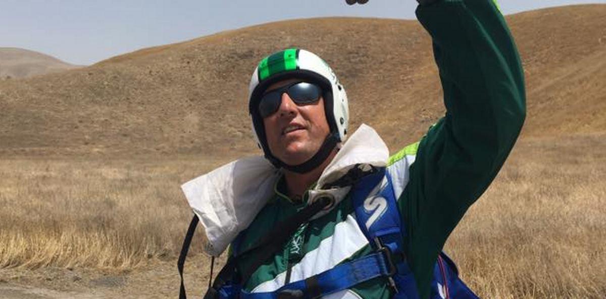 VIDEO: Pogledajte intervju s 'ludim padobrancem' Lukeom Aikinsom