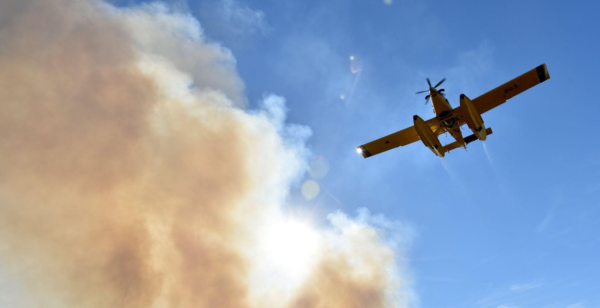 Požar na Hvaru vatrogasci stavili pod nadzor