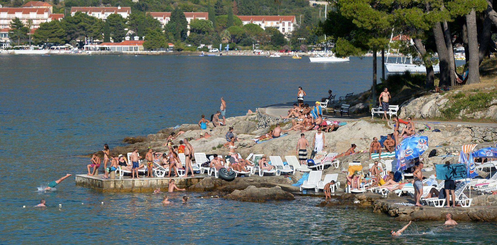 Ministarstvo turizma sufinancira plaže, centre za posjetitelje i cikloturizam