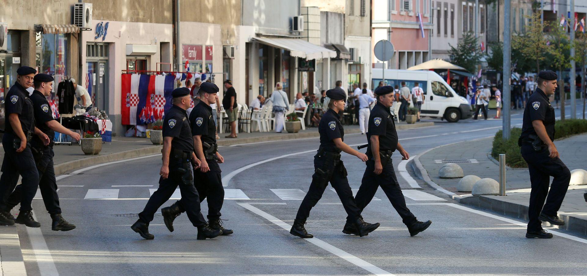 OBLJETNICA 'OLUJE' U KNINU Policija podigla dvije kaznene i pet prekršajnih prijava