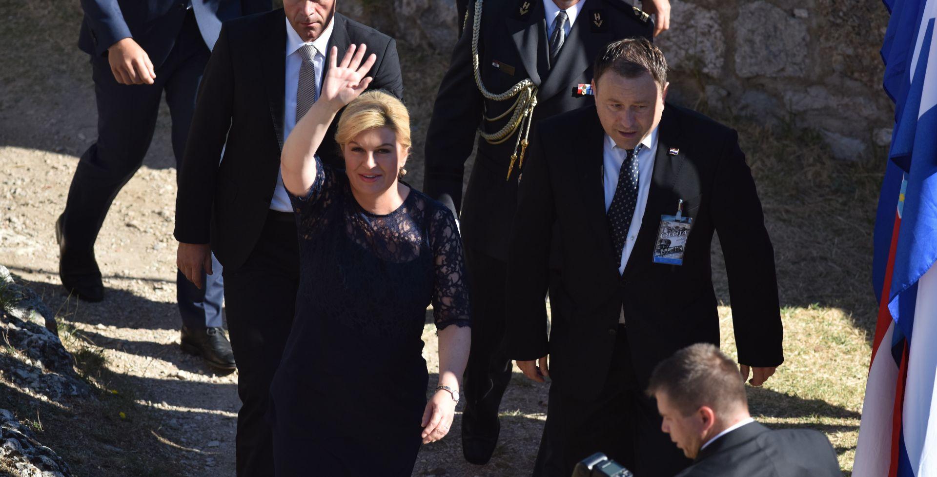 OBLJETNICA OLUJE Predsjednica Grabar-Kitarović: Hrvatska poštuje svaku žrtvu, a Oluja je bila etički čista