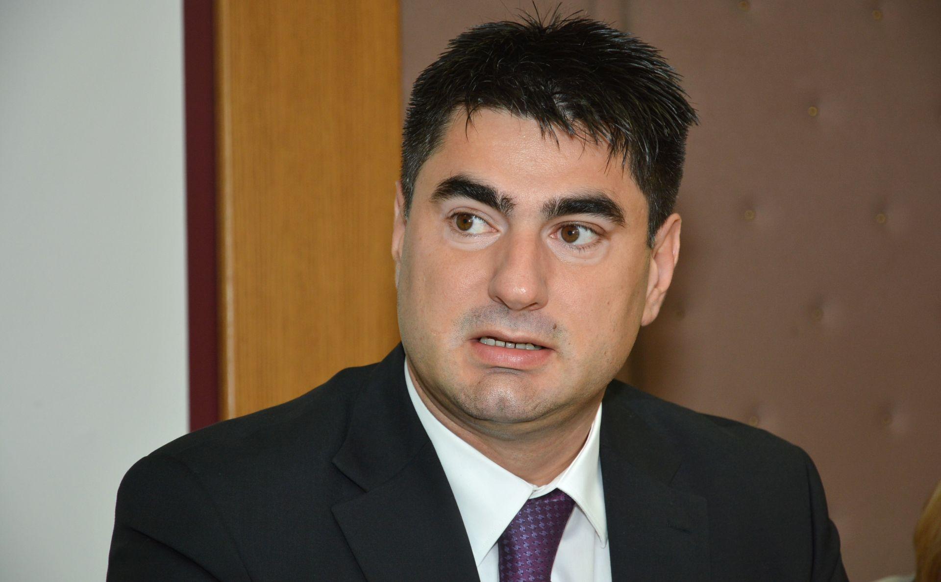 Vlada produljuje v.d. mandat Siniši Kovačiću na čelu HRT-a