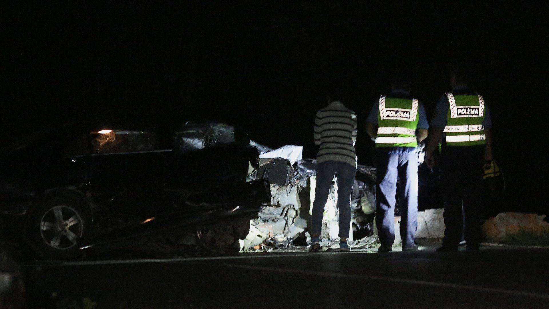 Jedna osoba poginula u prometnoj nesreći na A1 kod Otočca