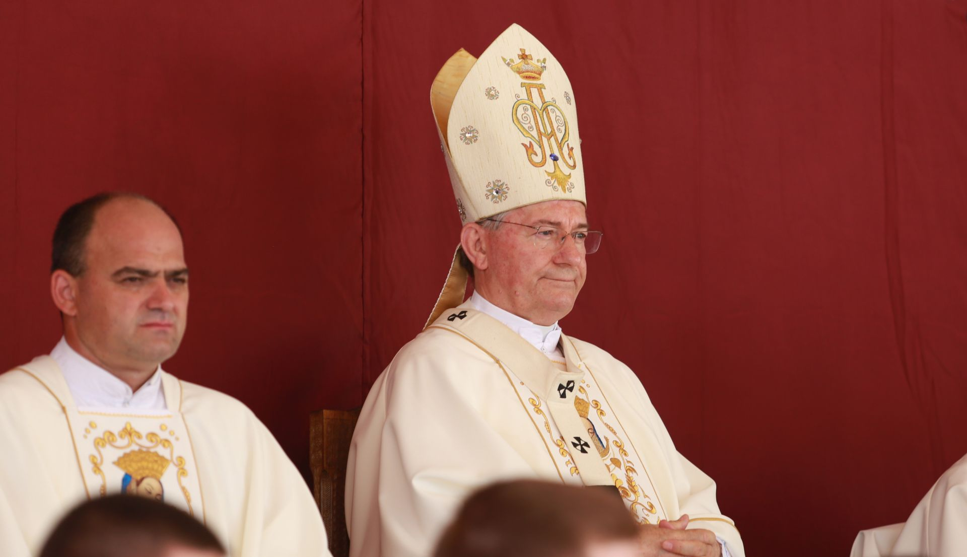 Nadbiskup Barišić: Izlazak na izbore je dužnost; potrebna nam je lustarcija naših podjela