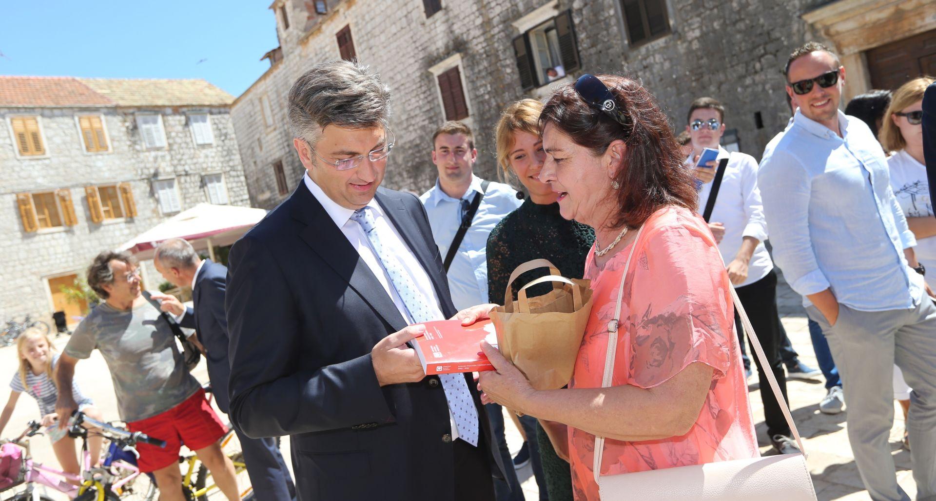 Plenković: Očekujem najmanje 16 zastupničkih mandata u IX. i X. izbornoj jedinici