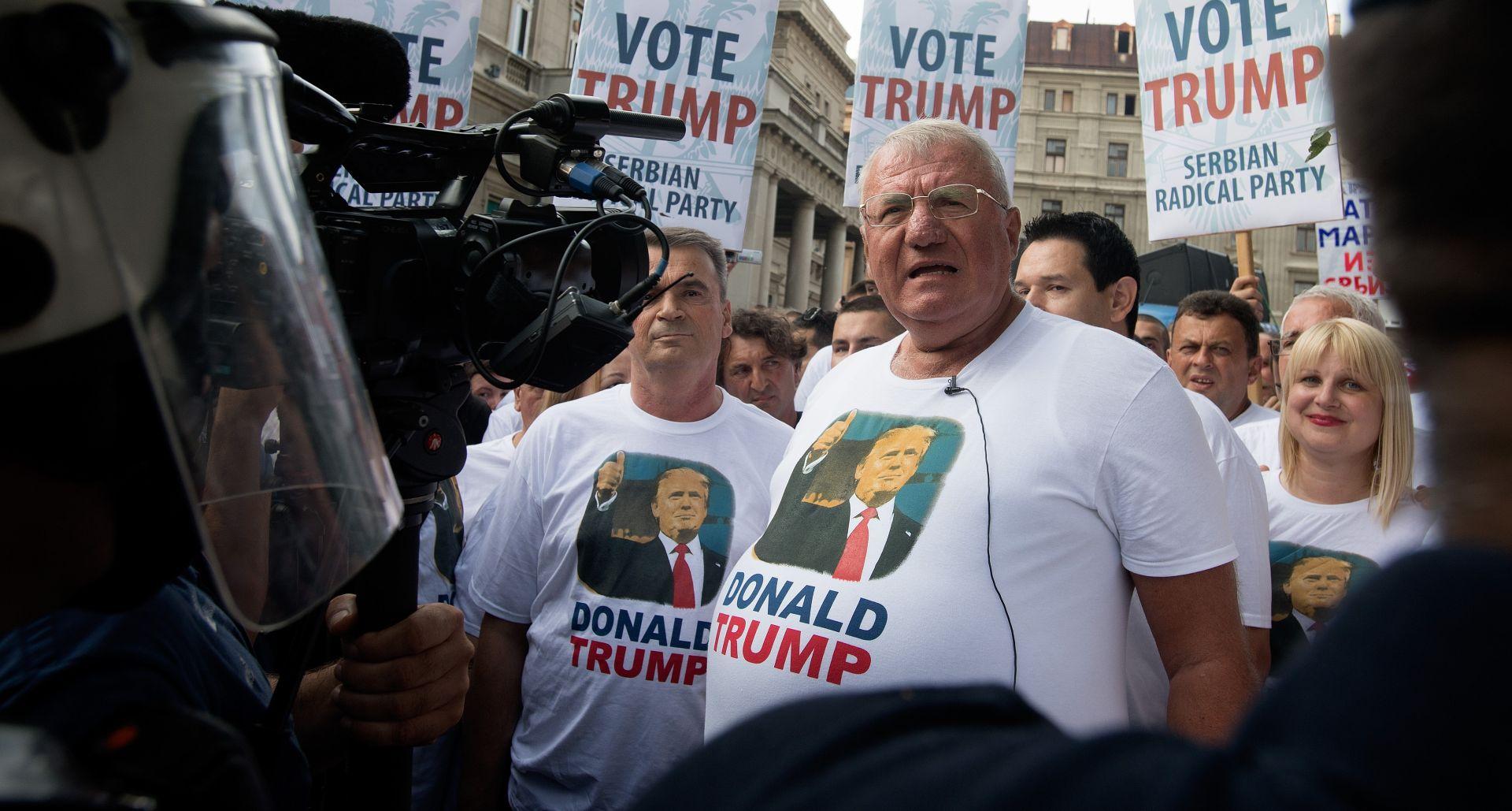 """Šešelj pozvao Srbe u SAD-u da glasuju za Trumpa a Bidena nazvao """"zločincem"""""""