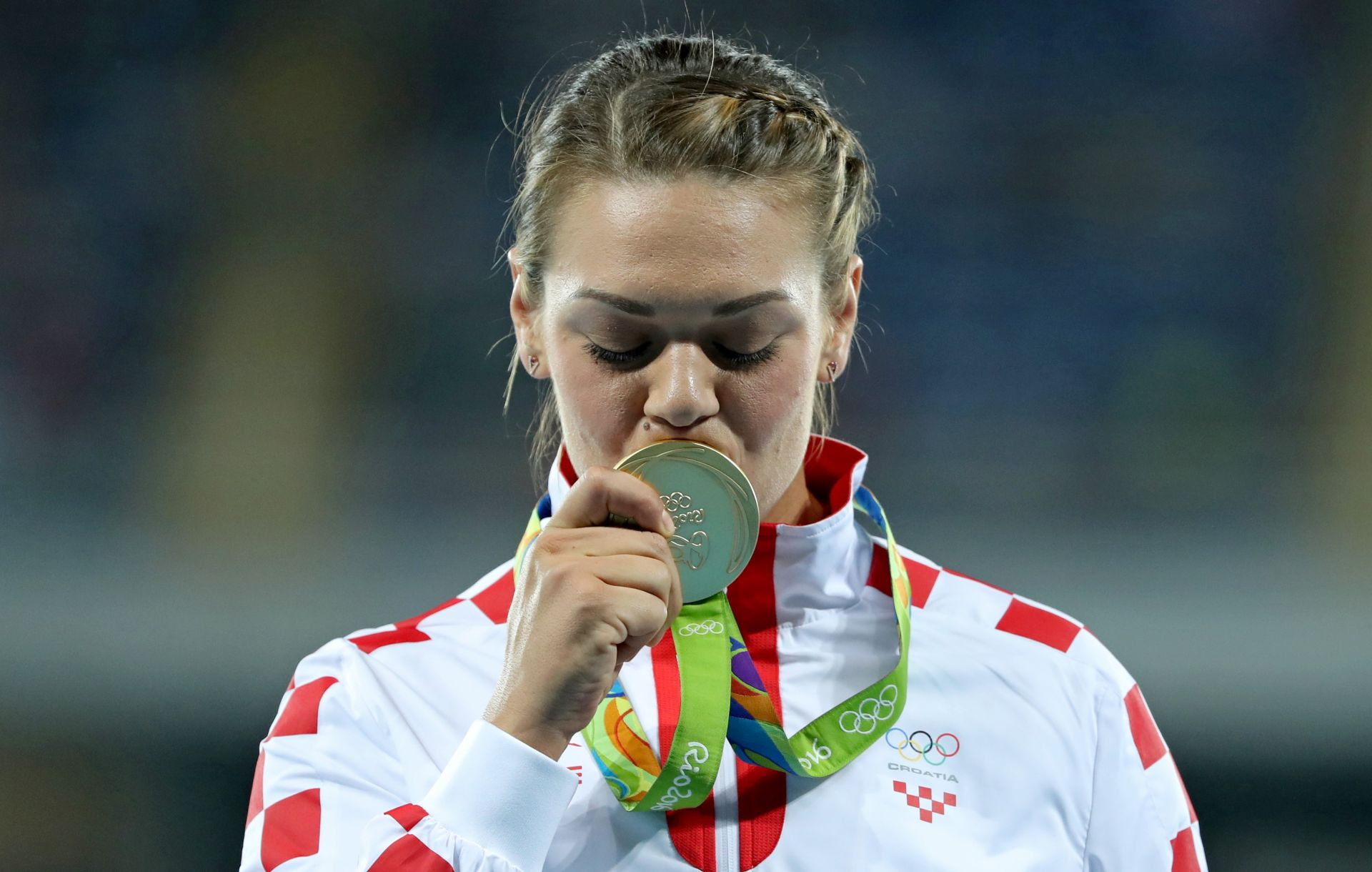 FOTO: SANDRA PRIMILA SVOJE ZLATO Perković druga diskašica u povijesti koja je obranila olimpijski naslov