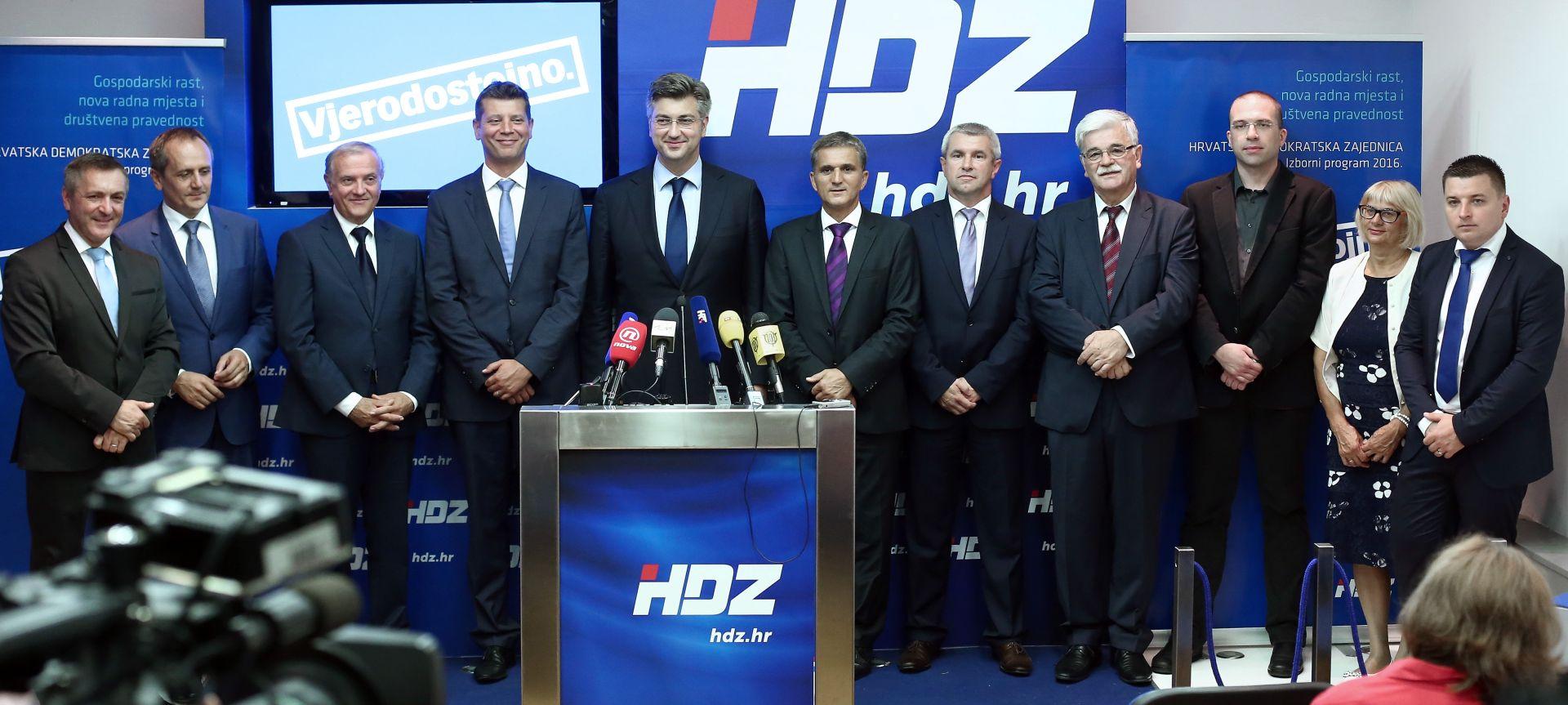 """PLENKOVIĆ """"HDZ ima kandidata barem za dvije, tri vlade"""""""