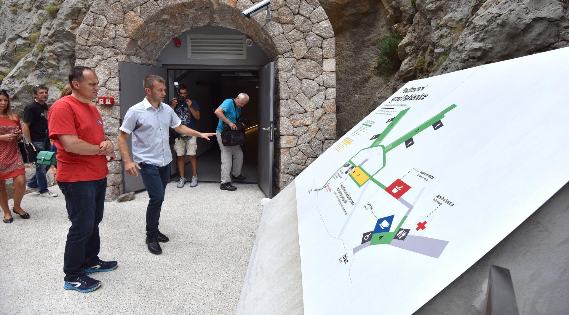 """FOTO: Otvoren posjetiteljski centar """"Podzemni grad Paklenice"""""""