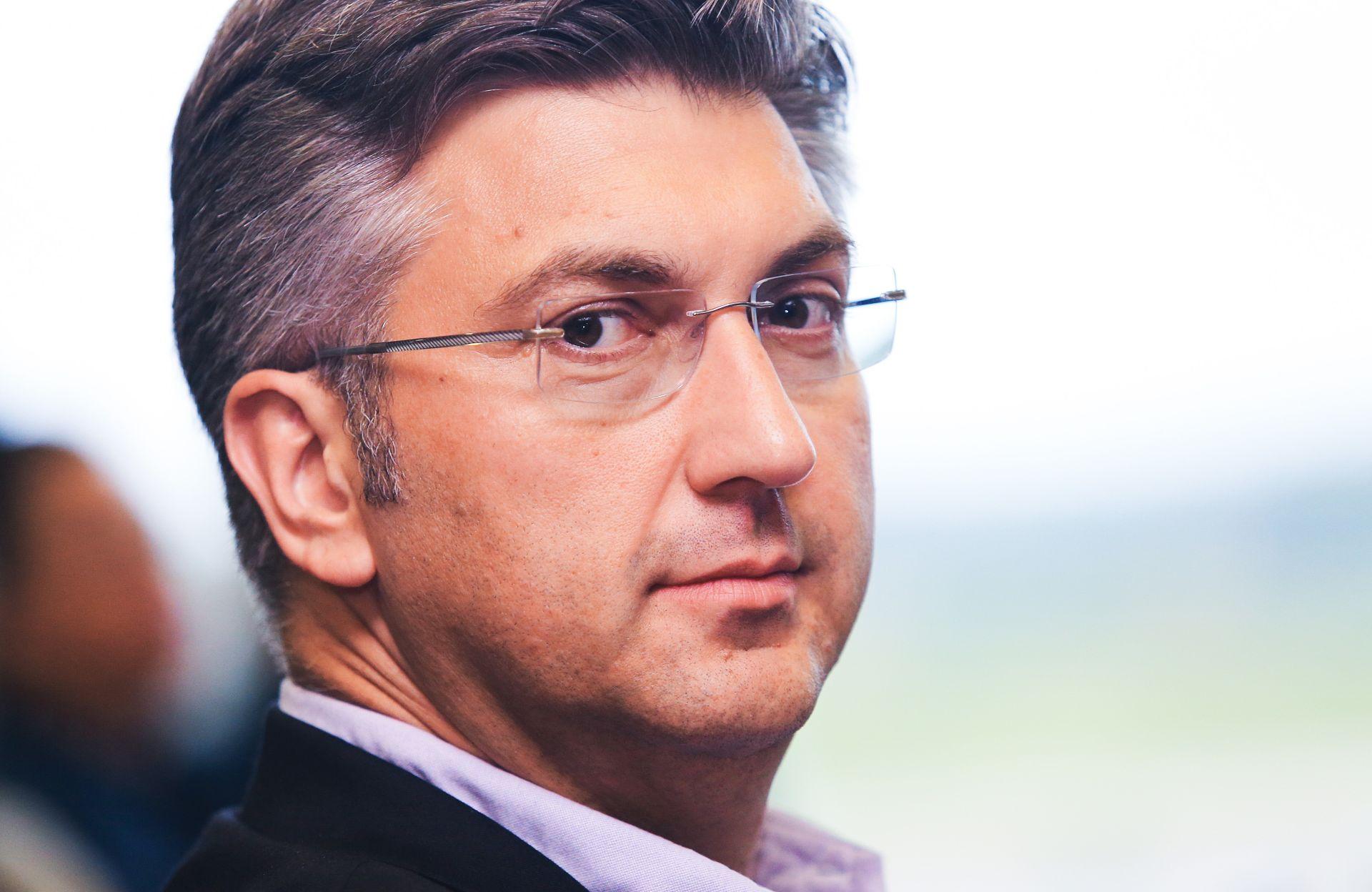 Plenković: Hrvatski partneri moraju znati tko se ponaša državnički, a tko kavanski
