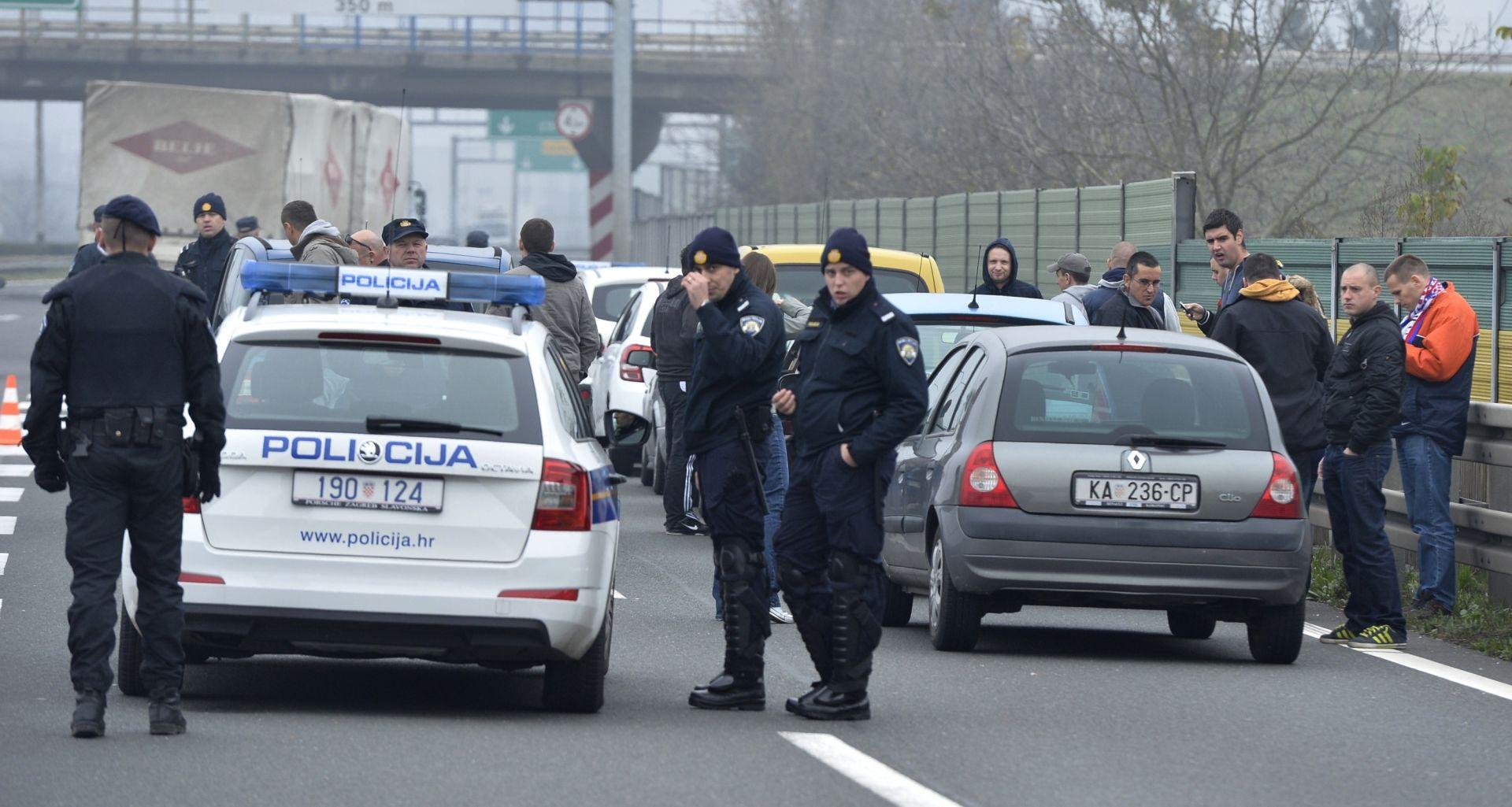 IZVANREDNA SITUACIJA NA A6 Sukob navijačkih skupina, pretrčavali autocestu