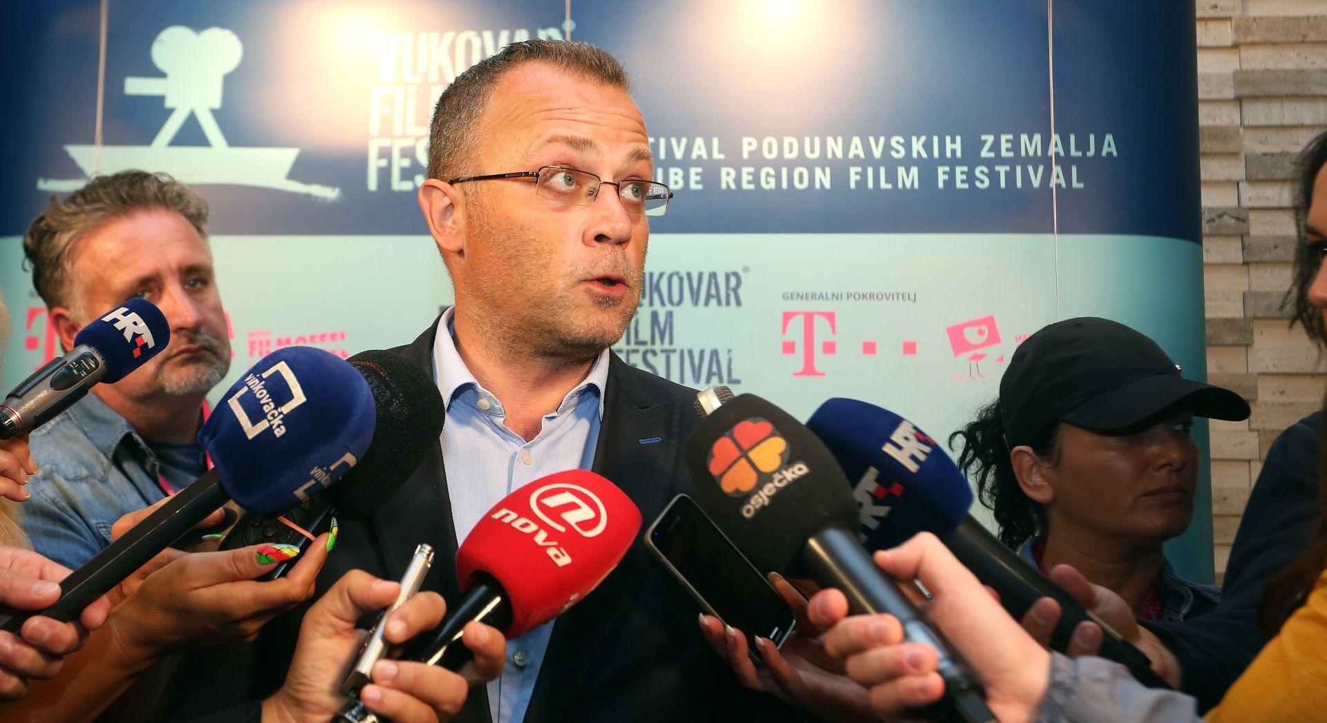 Hasanbegović odbio Blaževića za intendanta riječkoga HNK; Blažević mu odgovorio kako je prekršio zakon