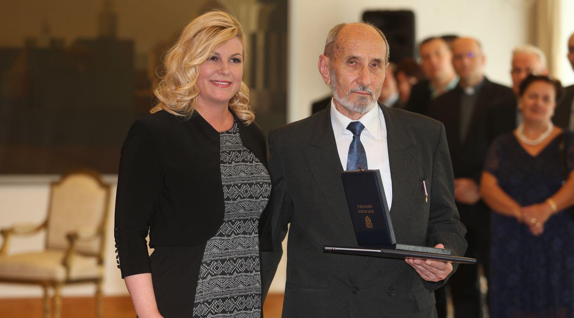 Predsjednica Kolinda Grabar Kitarović uručila odličje Nikoli Štedulu