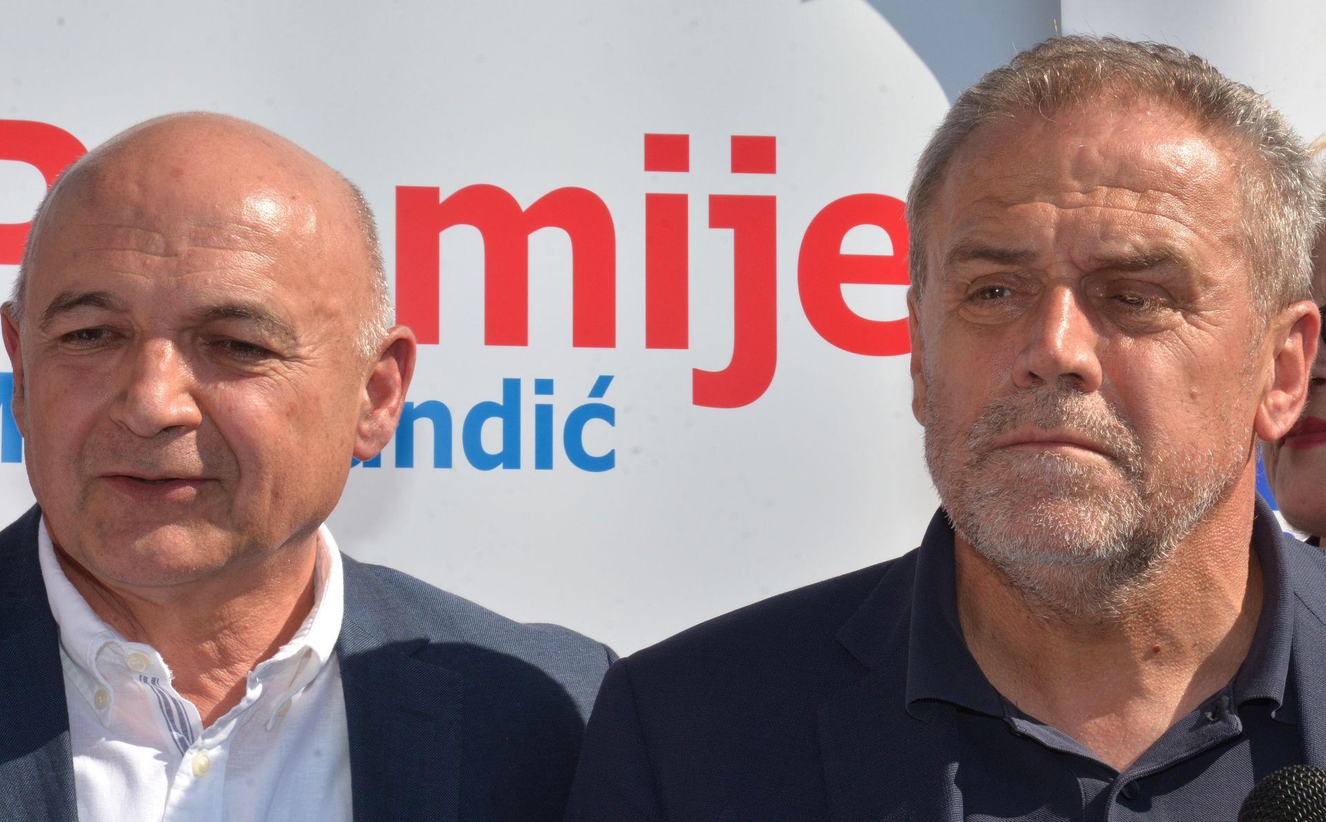 Bandić u Sisku: HDZ i SDP državu doveli na rub ponora