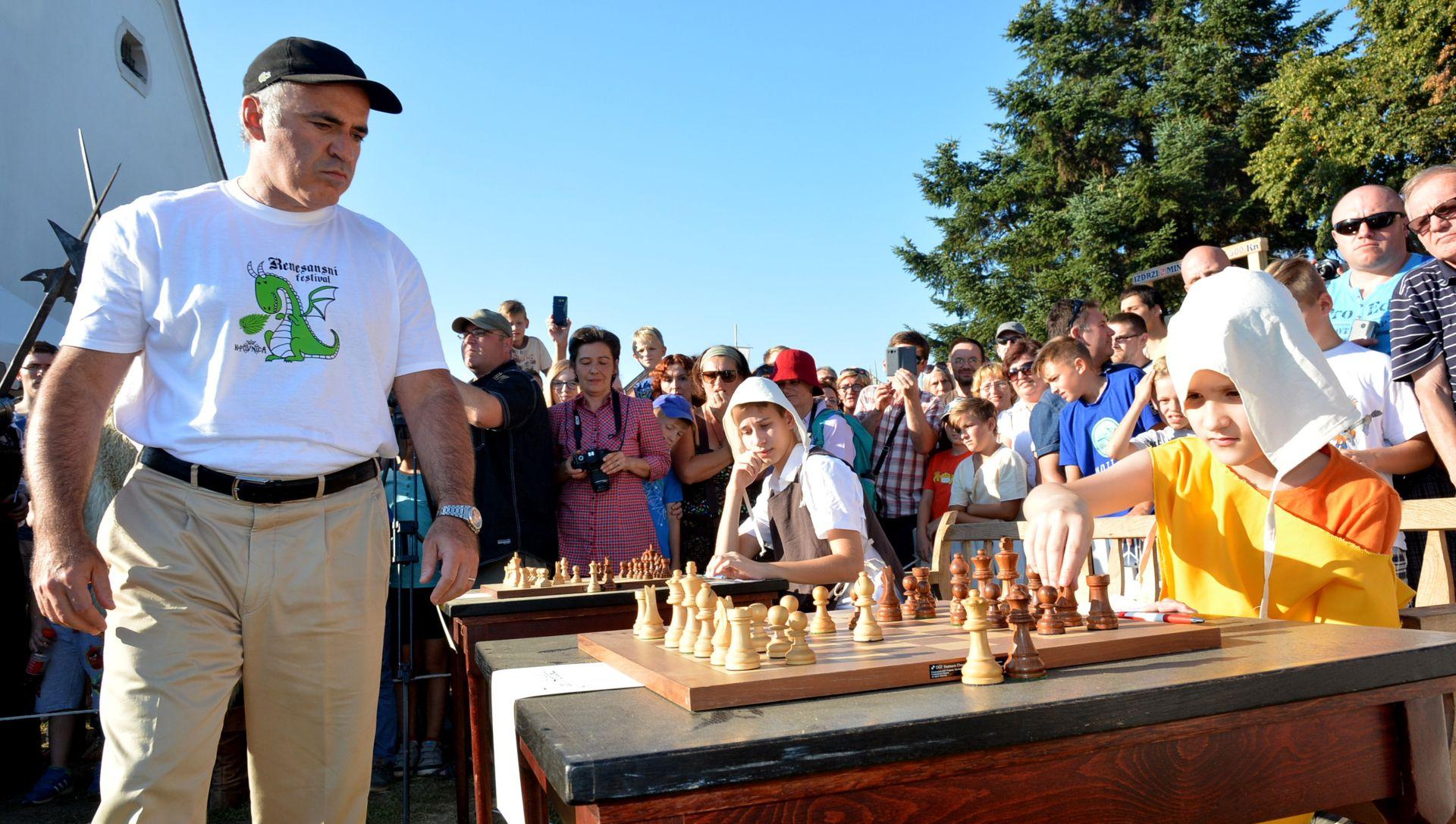 Gari Kasparov započeo šahovski projekt u Koprivnici