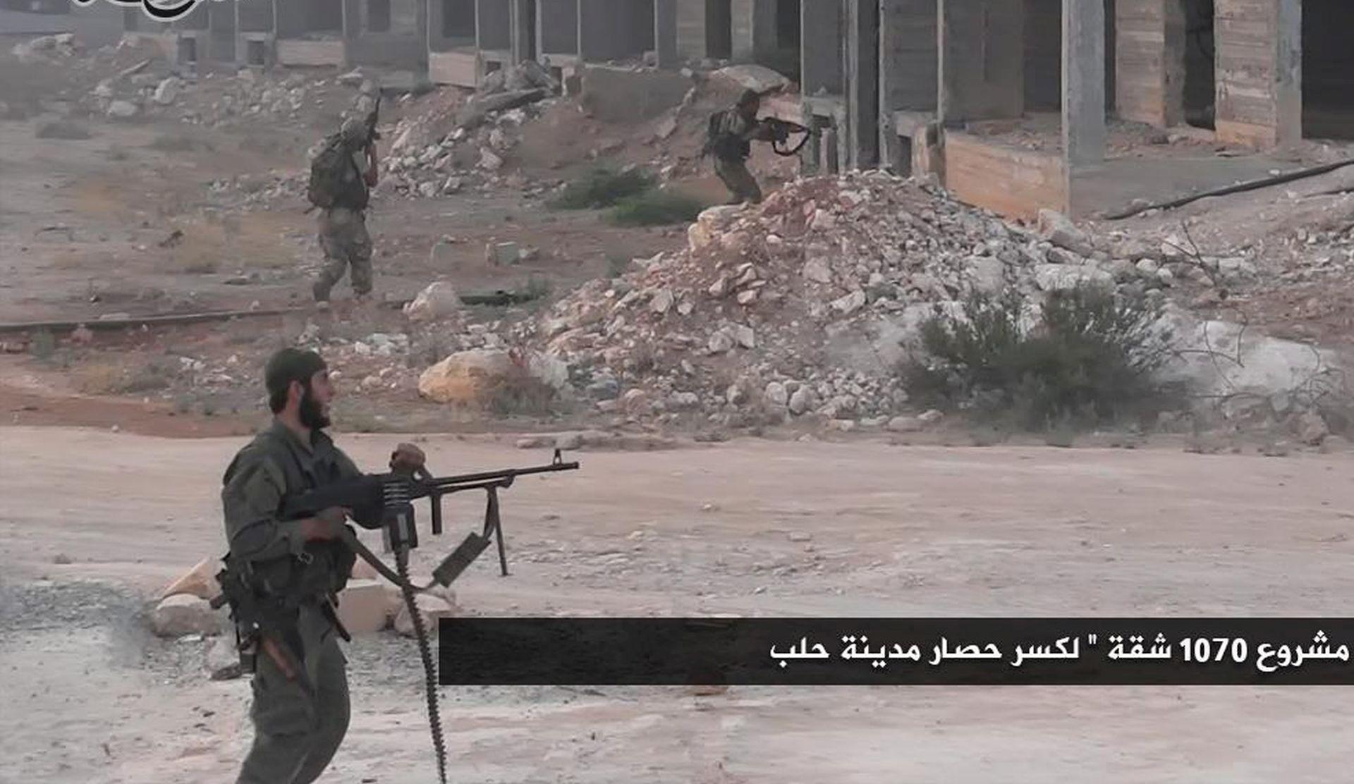 VIŠEDNEVNE BORBE: Pobunjenici kažu da je probijena opsada Alepa