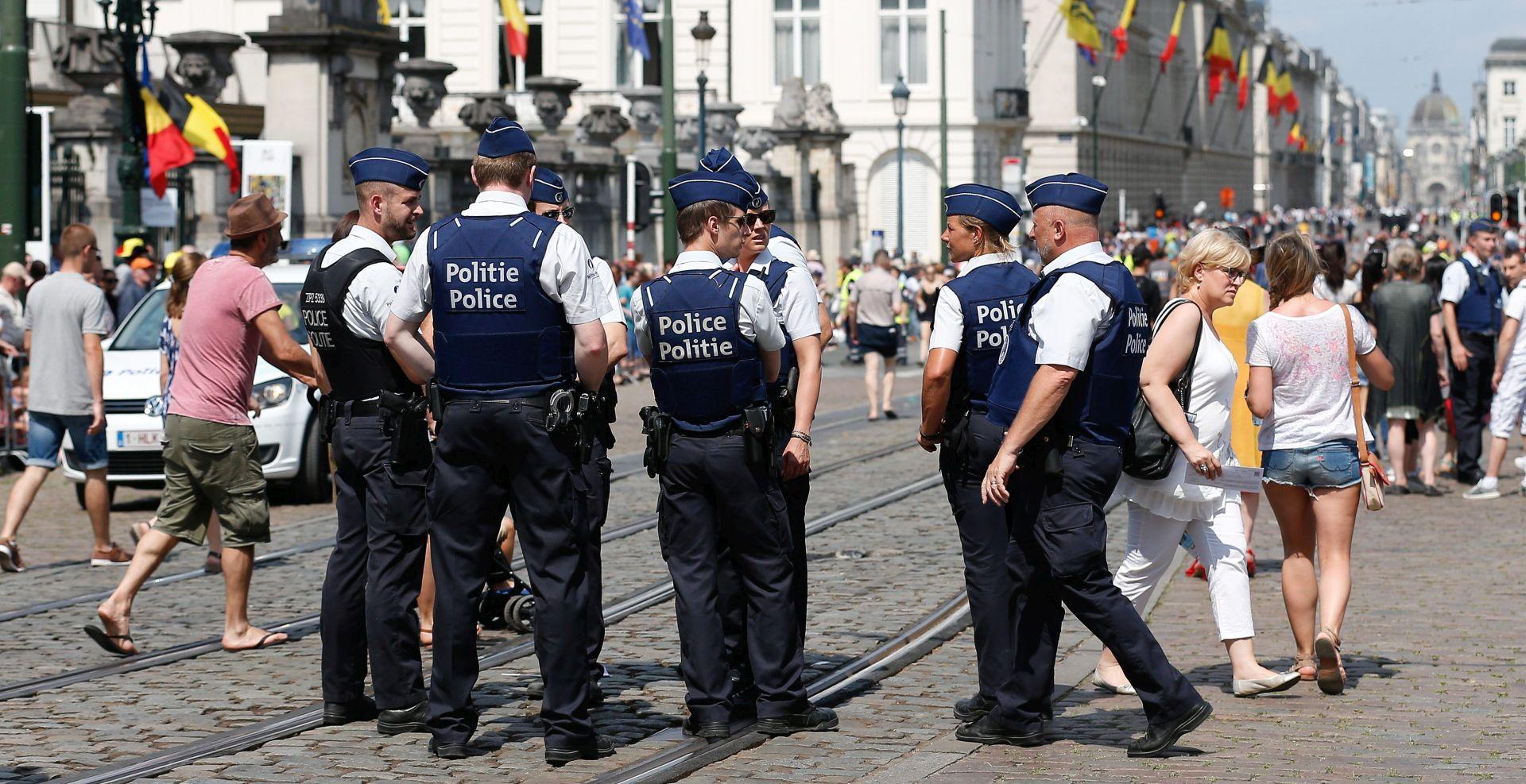 BRUXELLES Izbodena dva policajca, sumnja se na teroristički čin