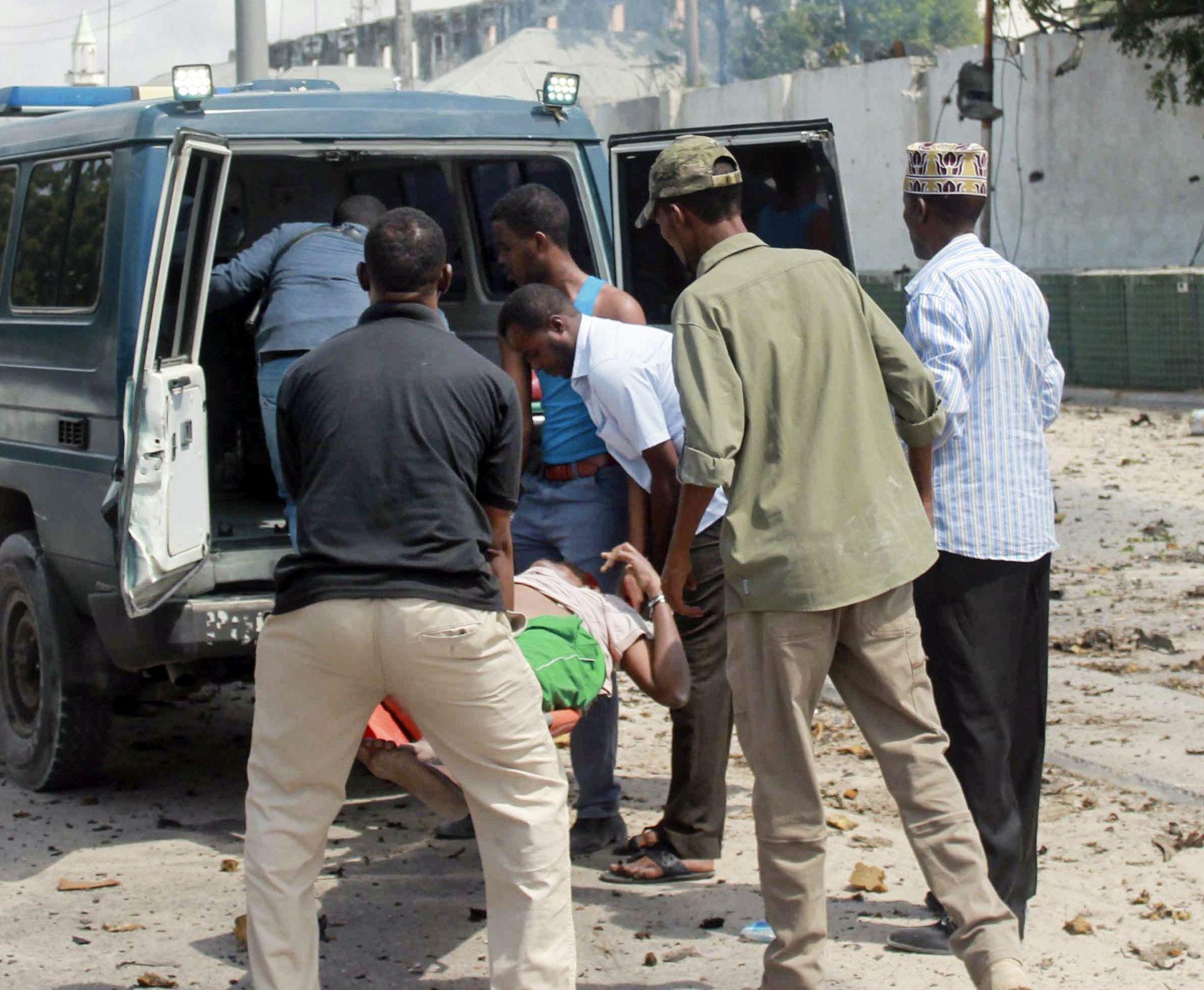 NAPAD NA TAJLANDU: U eksplozijama poginula jedna žena, deset ozlijeđenih