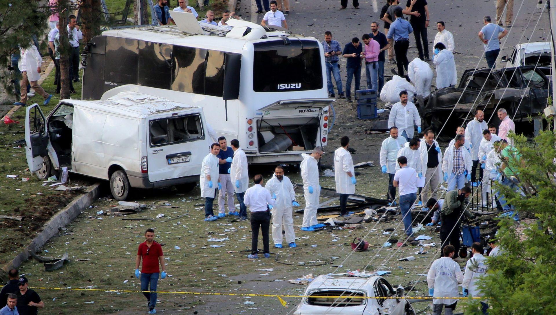 EKSPLOZIJA KOD DIYABAKIRA Poginula dva turska policajca i jedno dijete