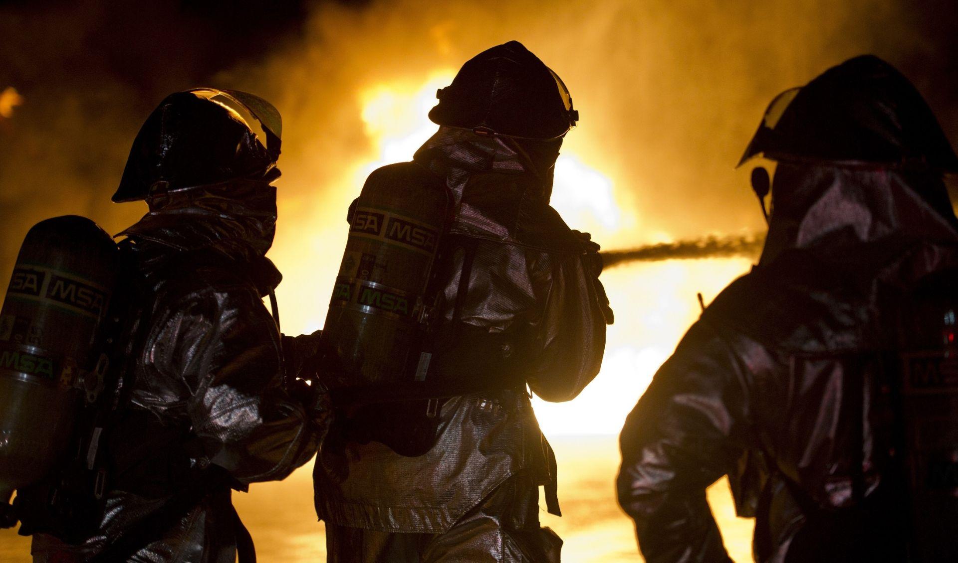 TRAGEDIJA NA PROSLAVI ROĐENDANA Najmanje 13 poginulih u požaru u Francuskoj