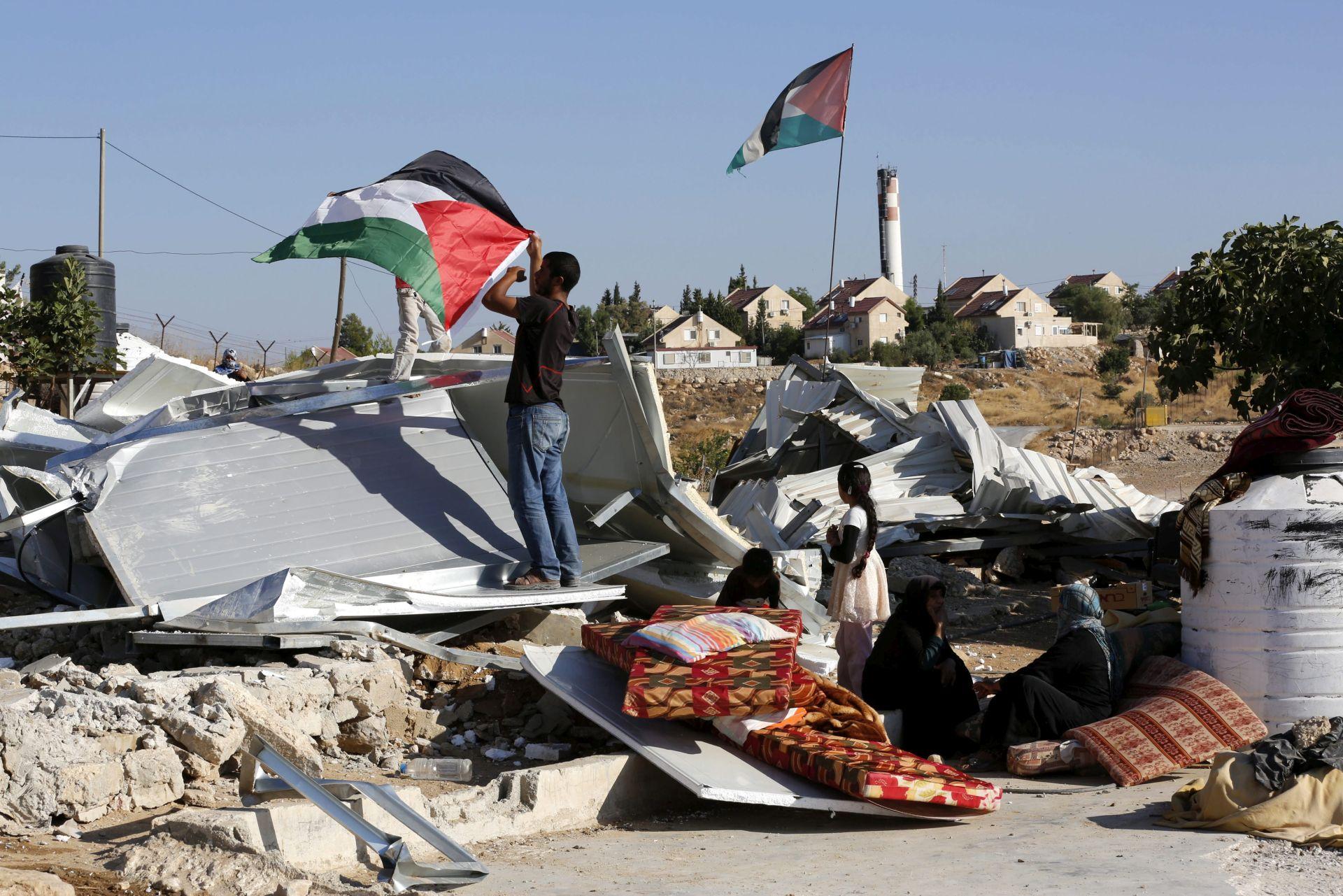 UN ZABRINUT: Palestinski humanitarac optužen za pomoć Hamasu