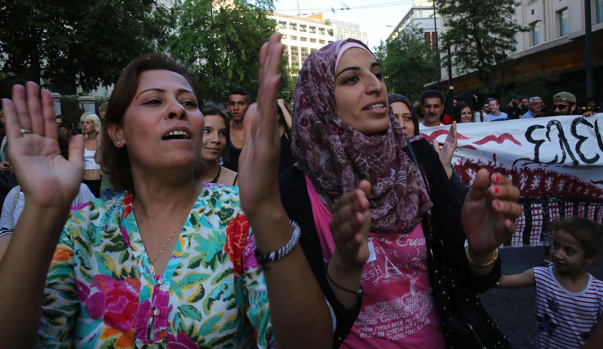 BROJ I DALJE RASTE: U Grčkoj do svibnja 13.500 zahtjeva za azil, 677 odobreno