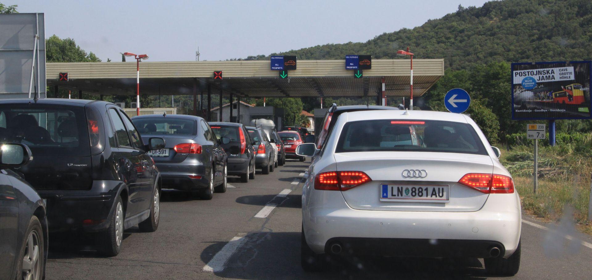 ČEKANJA NA GRANICI: Zastoji u Sloveniji zbog prometa turista prema Hrvatskoj i iz nje