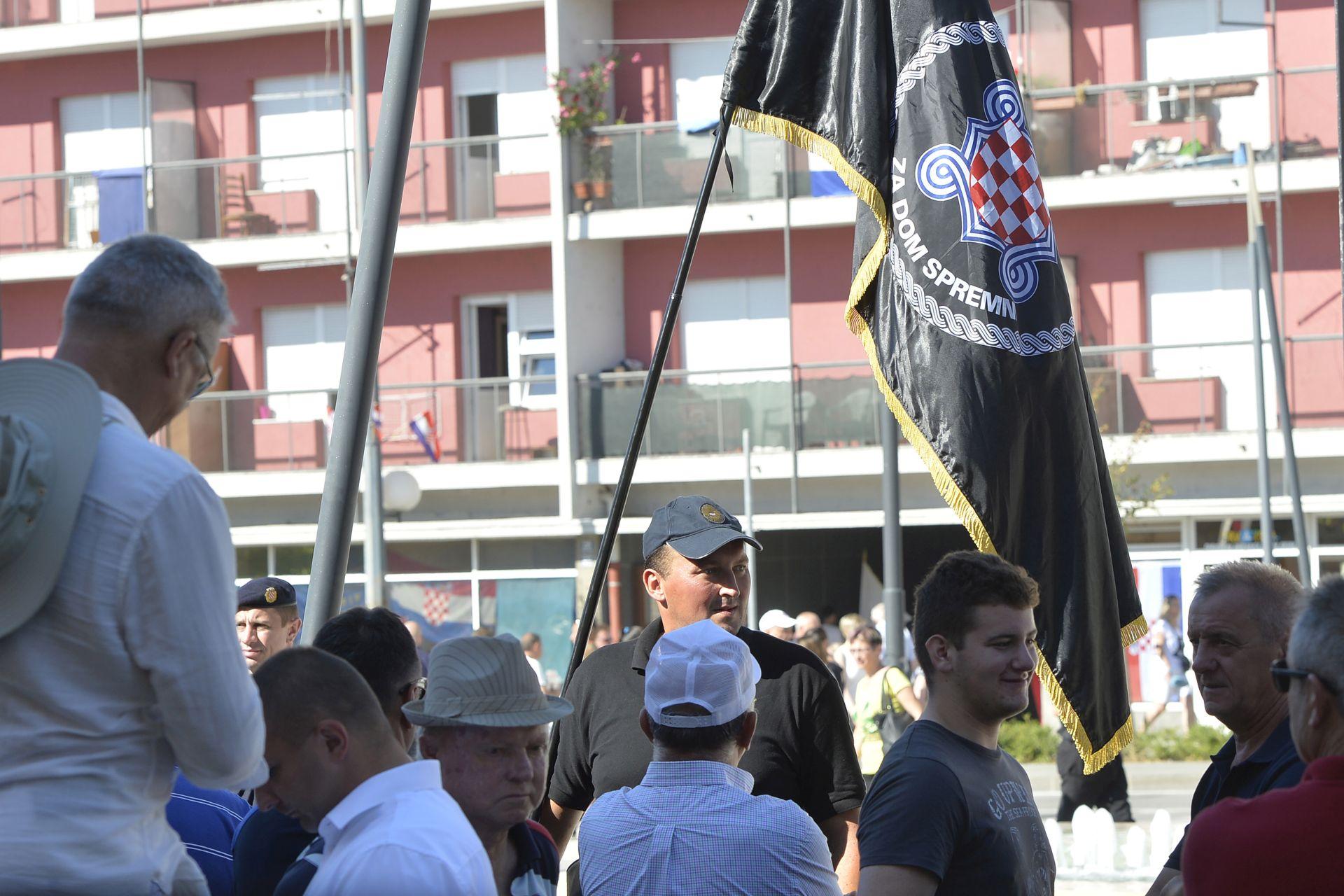 OSIJEK HOS-ovci zatražili od Plenkovića da stane uz njih i zaštiti ih