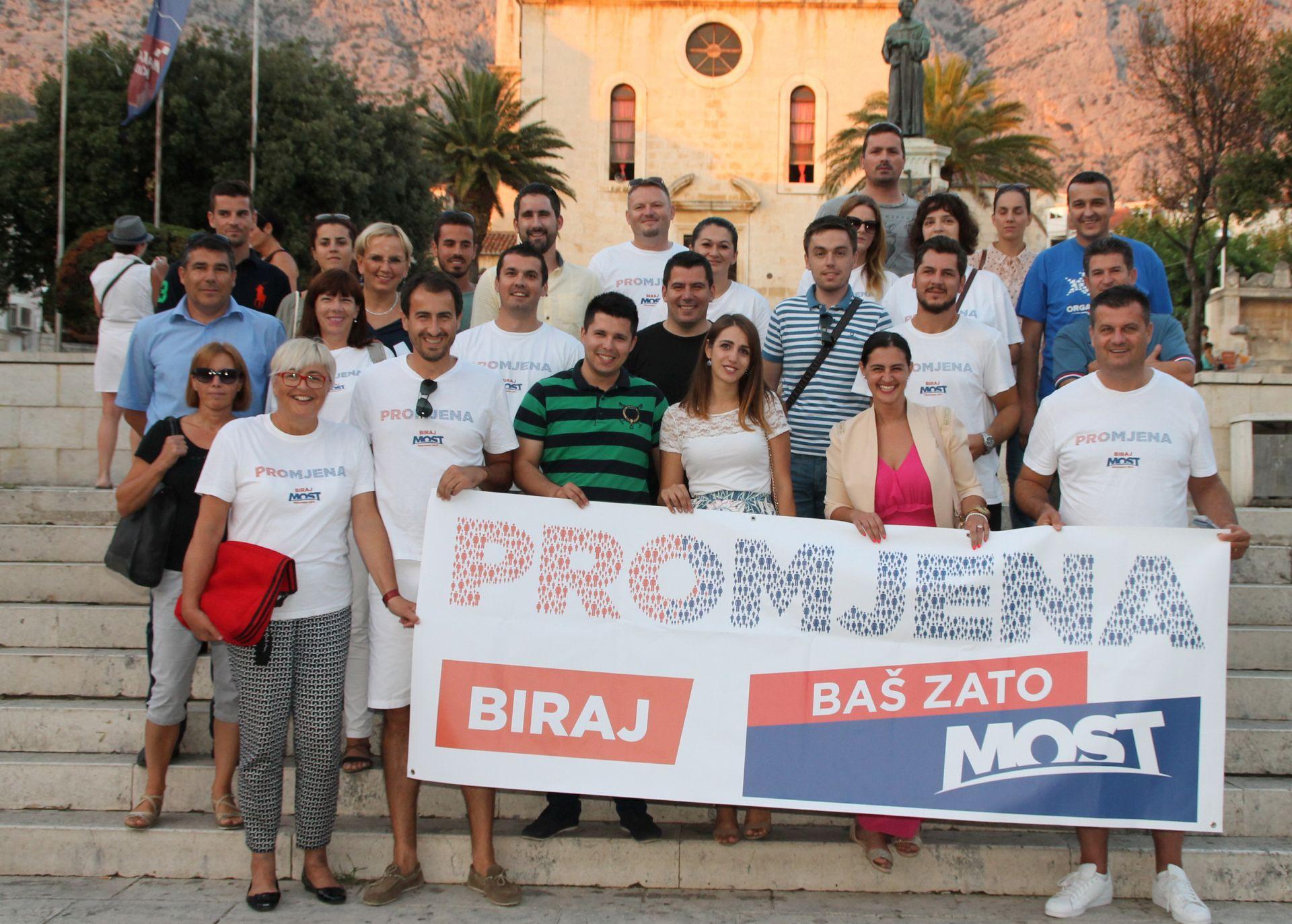Most predstavio kandidate za 10. izbornu jedinicu