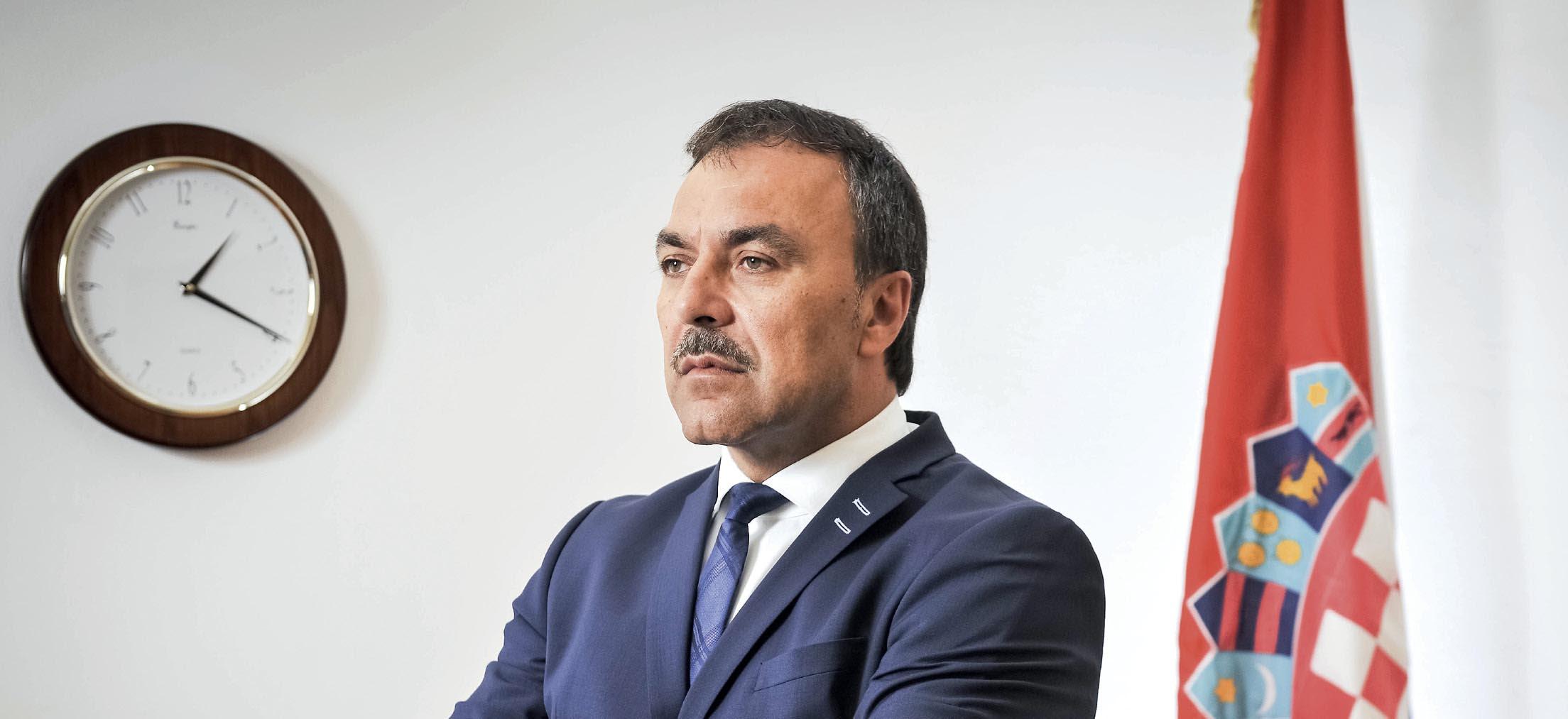 EKSKLUZIVNI INTERVJU Vlaho Orepić: 'Crkva neprimjereno s oltara sugerira politički izbor i kao vjernik to osuđujem'