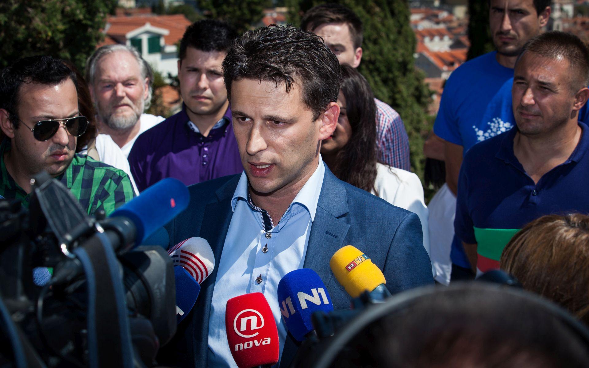 BOŽO PETROV: 'Srbija se treba zapitati gdje je i što je radila'